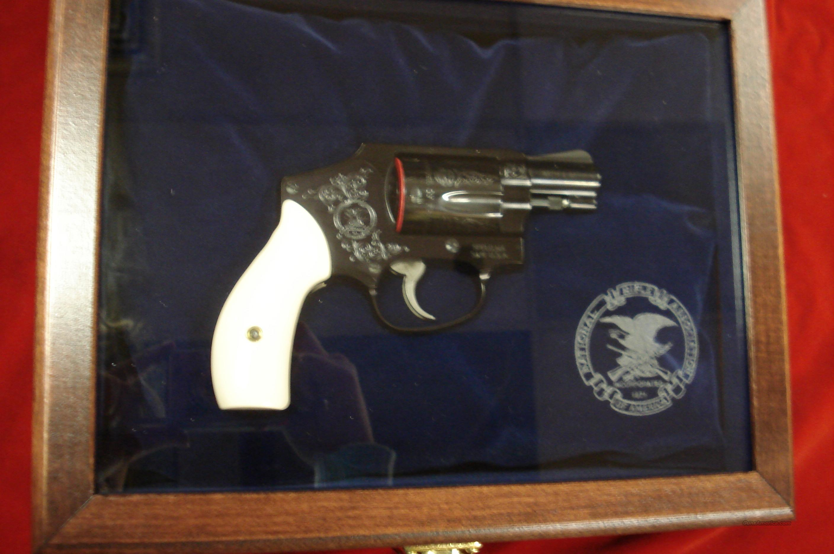 SMITH AND WESSON M442  CLASSIC 38SPL.  NRA W/DISPLAY CASE NEW   Guns > Pistols > Smith & Wesson Revolvers > Pocket Pistols