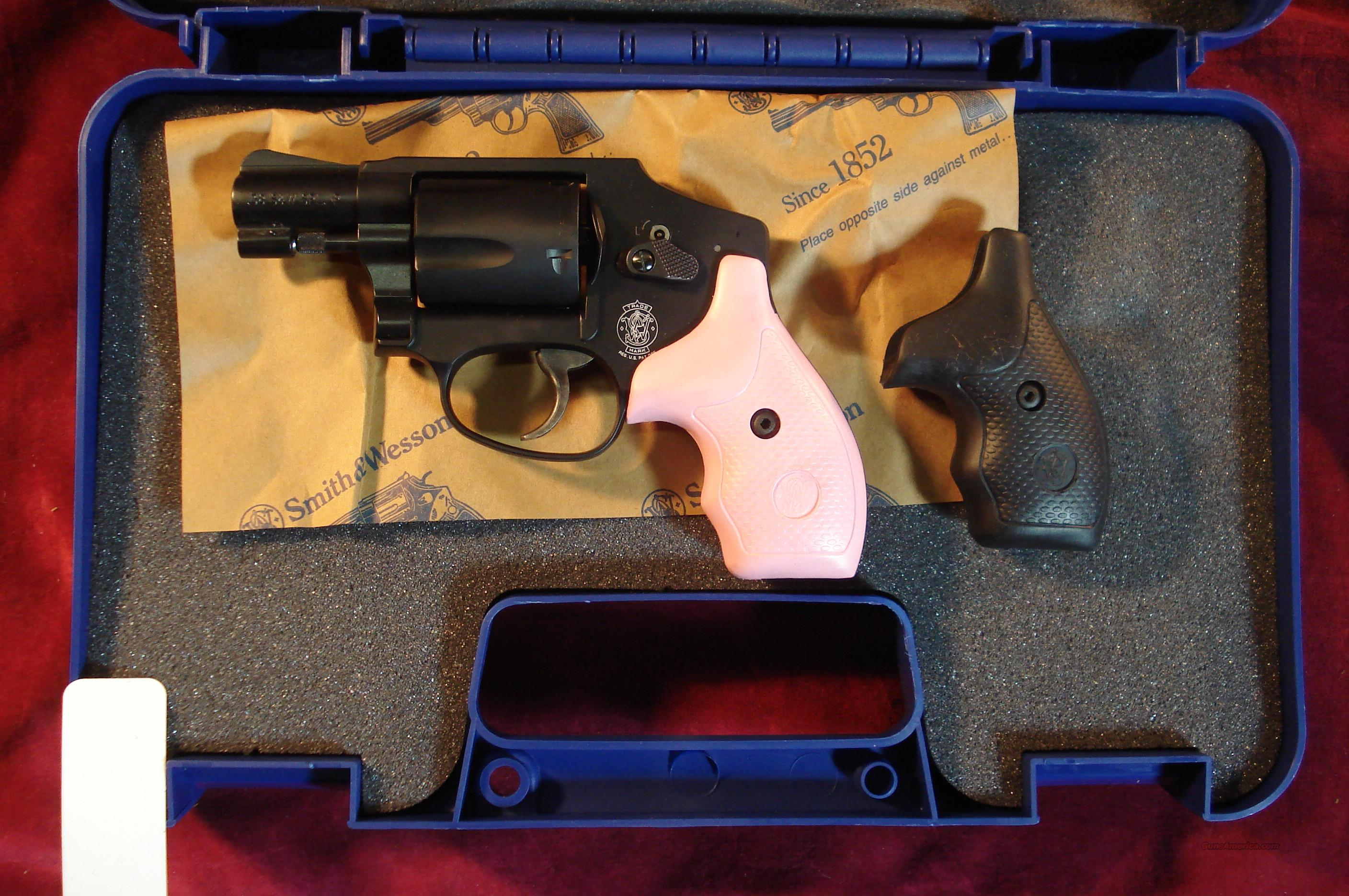 SMITH AND WESSON 442, 38+P CALIBER W/PINK & BLACK GRIPS NEW  Guns > Pistols > Smith & Wesson Revolvers > Pocket Pistols