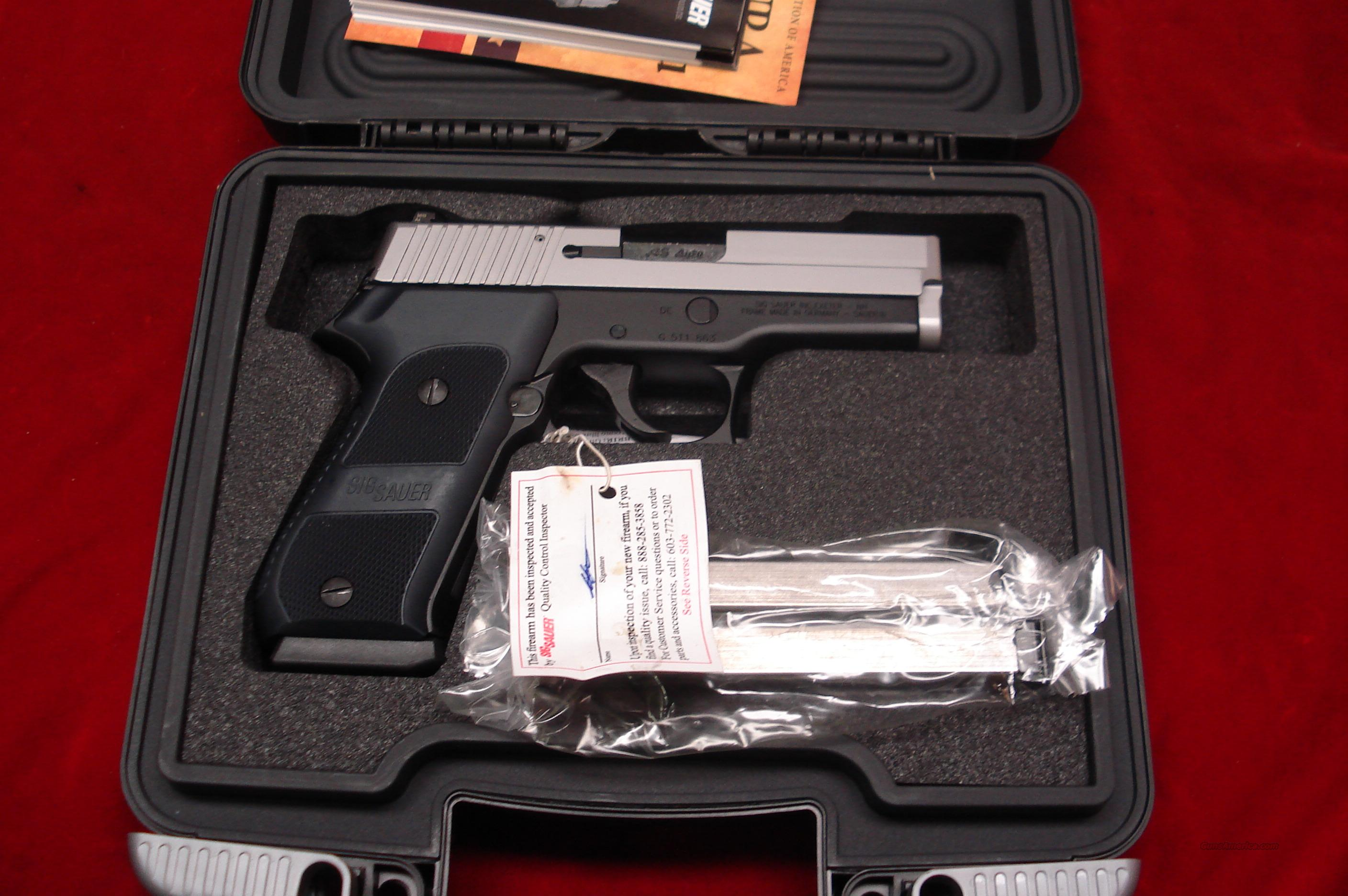SIG SAUER P220 CARRY 45ACP DAK TRIGGER TWO-TONE WITH NIGHT SIGHTS  NEW  Guns > Pistols > Sig - Sauer/Sigarms Pistols > P220
