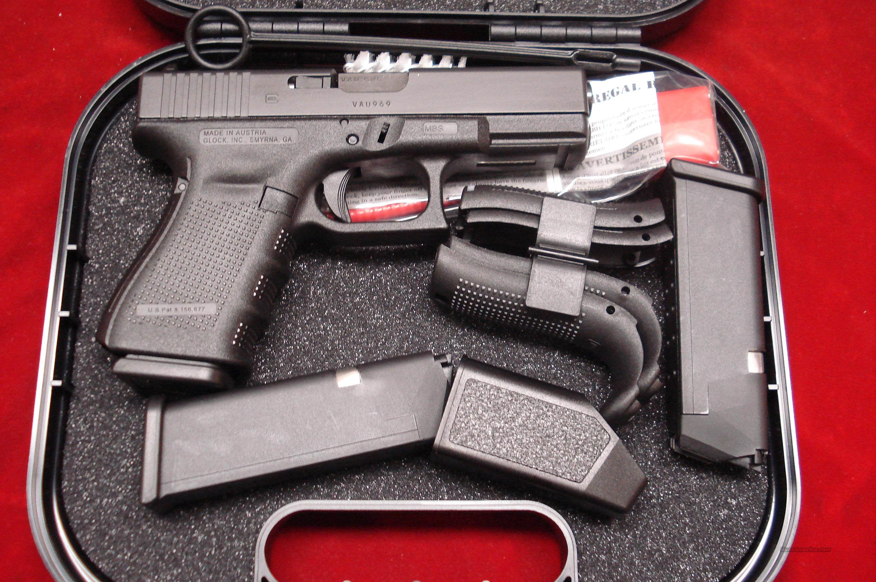 GLOCK NEW MODEL 19 GENERATION 4 .9MM CAL. WITH 3 HIGH CAPACITY MAGAZINES NEW  Guns > Pistols > Glock Pistols > 19