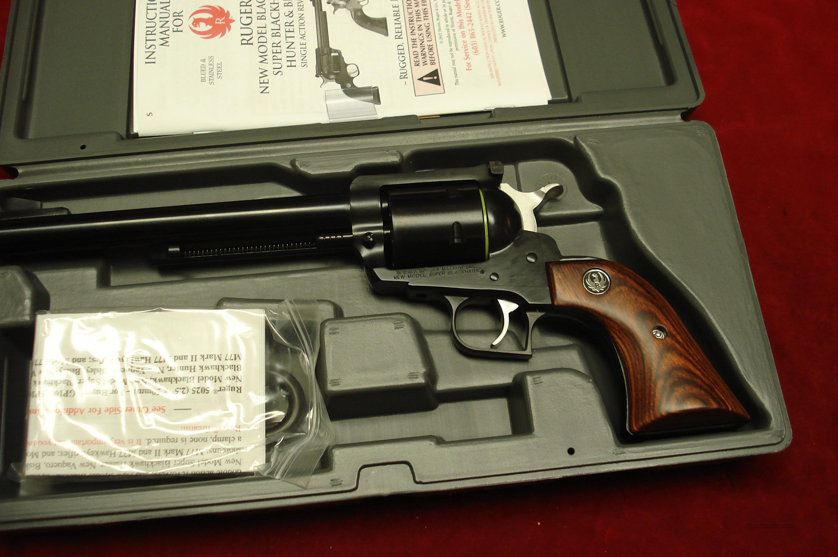 "RUGER SUPER BLACKHAWK 44MAG 7.5"" BLUE NEW (S-47N)  Guns > Pistols > Ruger Single Action Revolvers > Blackhawk Type"