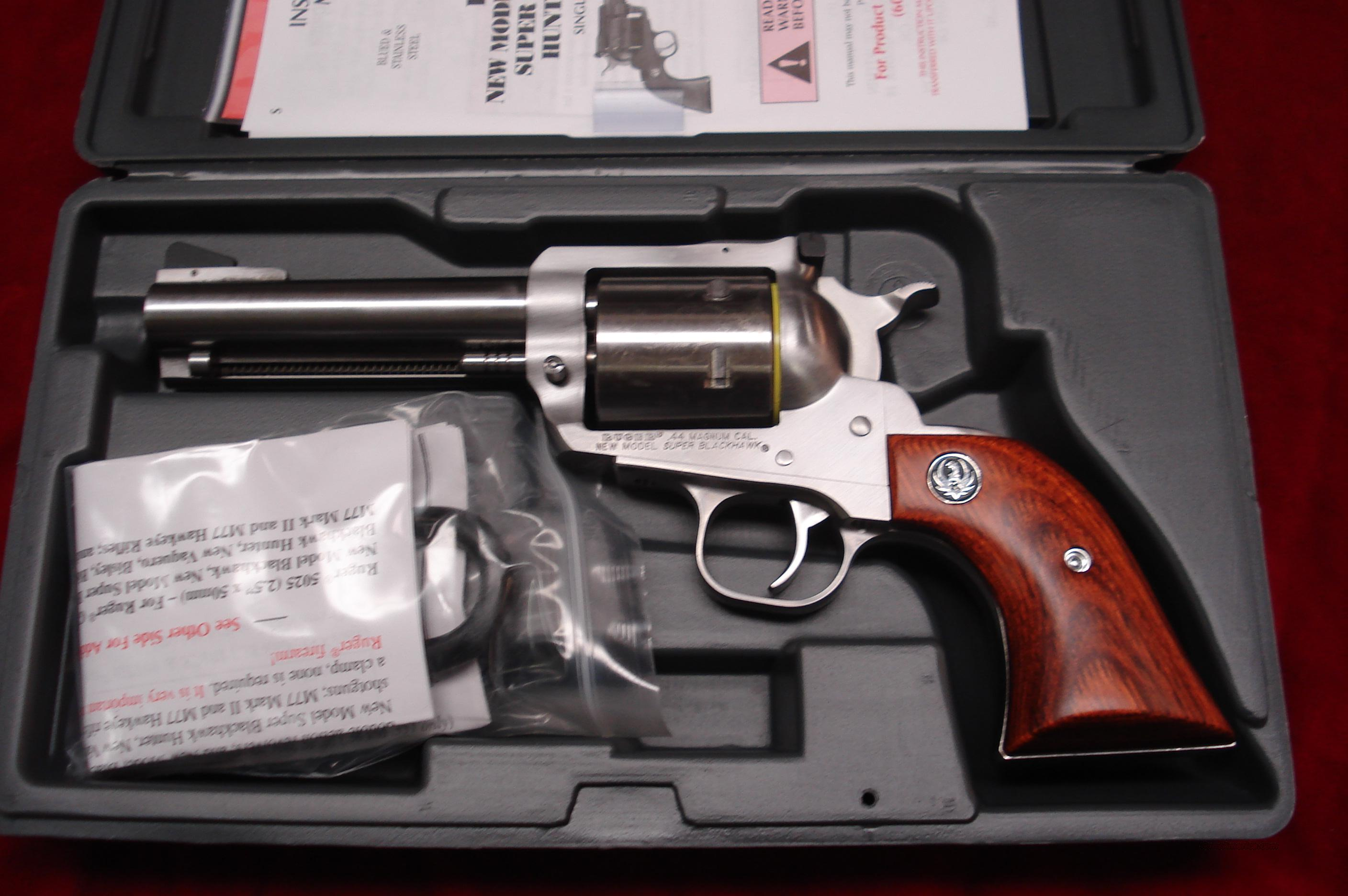 "RUGER SUPER BLACKHAWK 44MAG 4 5/8"" STAINLESS NEW (KS-458N)  Guns > Pistols > Ruger Single Action Revolvers > Blackhawk Type"