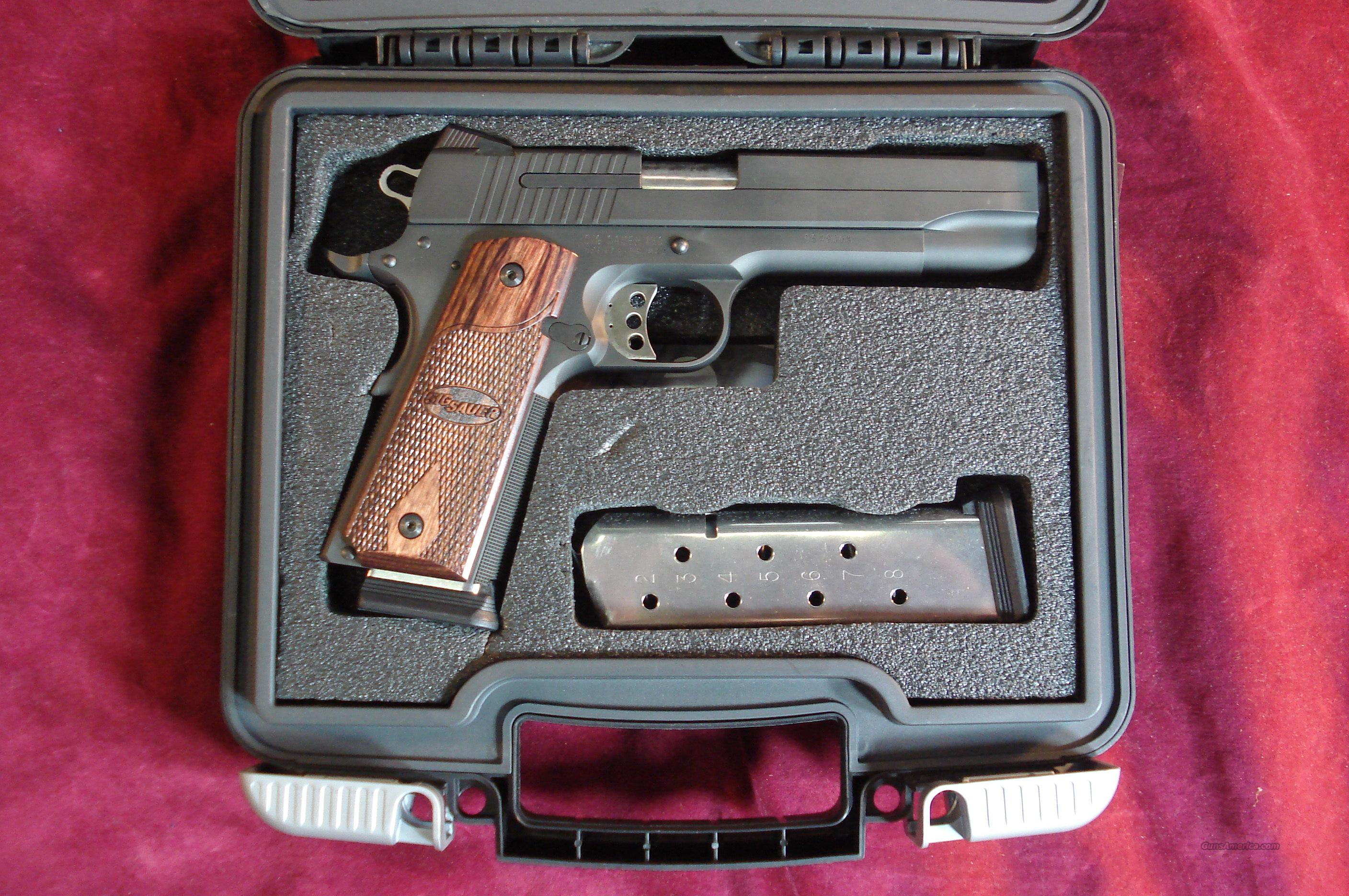 SIG SAUER 1911 .45 ACP NITRON FINISH BLACK WITH NIGHT SIGHTS USED  Guns > Pistols > Sig - Sauer/Sigarms Pistols > 1911