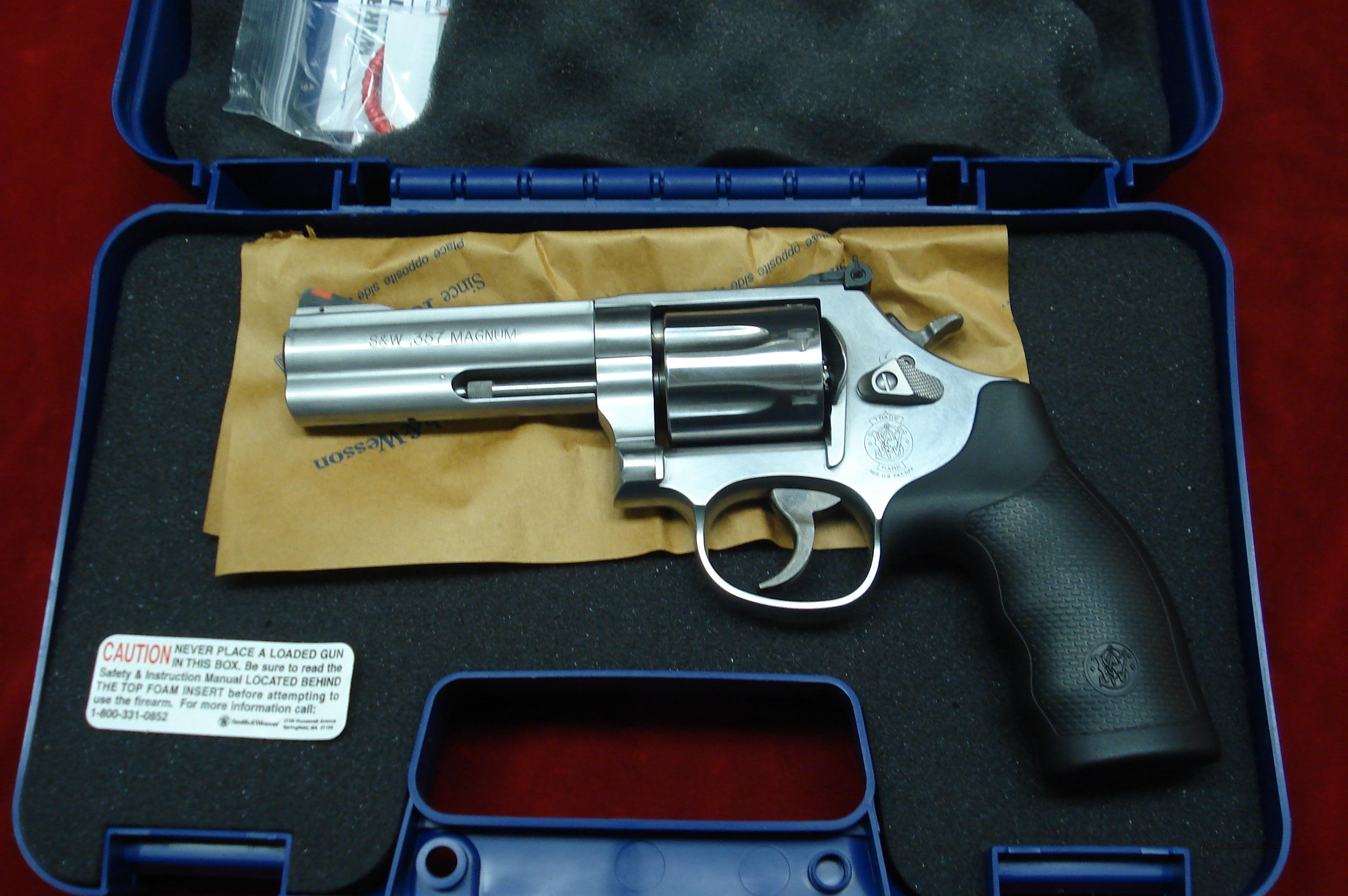 "SMITH AND WESSON MODEL 686 PLUS 4"" 357MAG STAINLESS NEW (164194)   Guns > Pistols > Smith & Wesson Revolvers > Full Frame Revolver"
