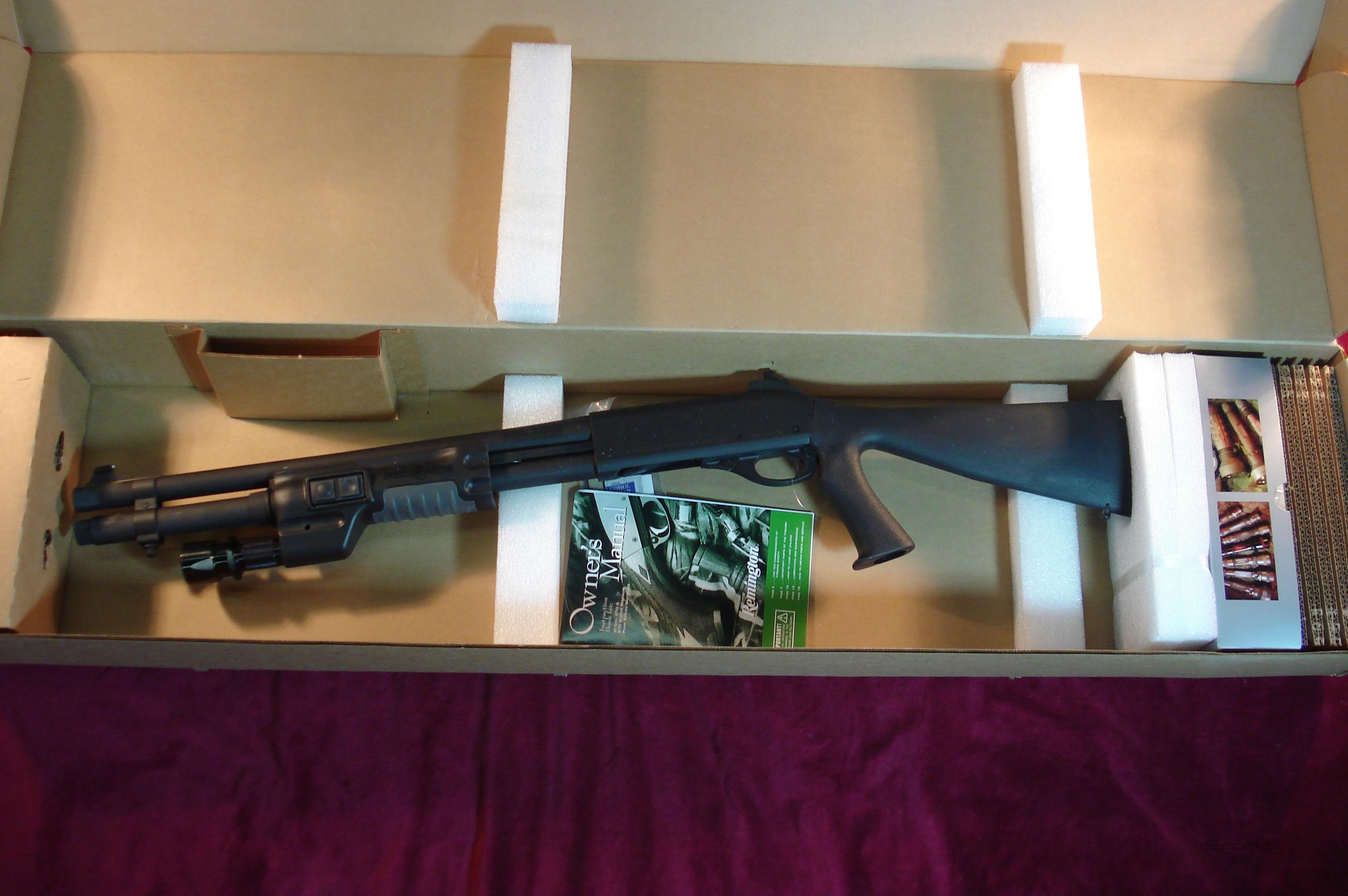 "REMINGTON 870 POLICE 12 GA 18"" WITH SUREFIRE LIGHT FOREND AND SPEEDFEED STOCK NEW  Guns > Shotguns > Remington Shotguns  > Pump > Tactical"