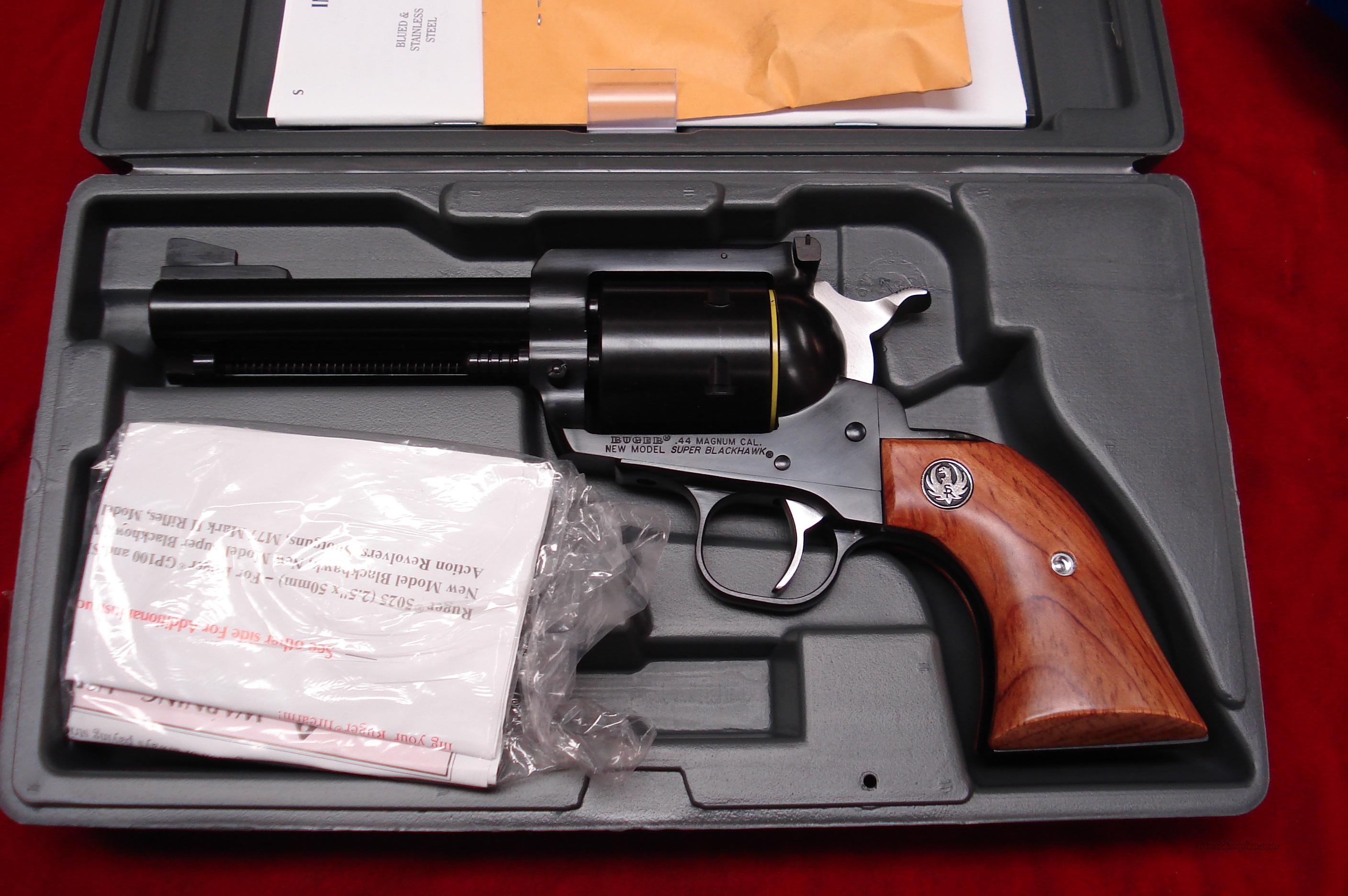 "RUGER SUPER BLACKHAWK 44MAG 4 5/8"" BLUE NEW (S-458N)  Guns > Pistols > Ruger Single Action Revolvers > Blackhawk Type"