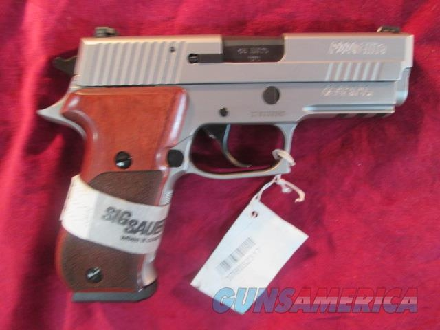 SIG SAUER P220 ELITE CARRY STAINLESS 45ACP WITH NIGHT SIGHTS NEW  Guns > Pistols > Sig - Sauer/Sigarms Pistols > P220