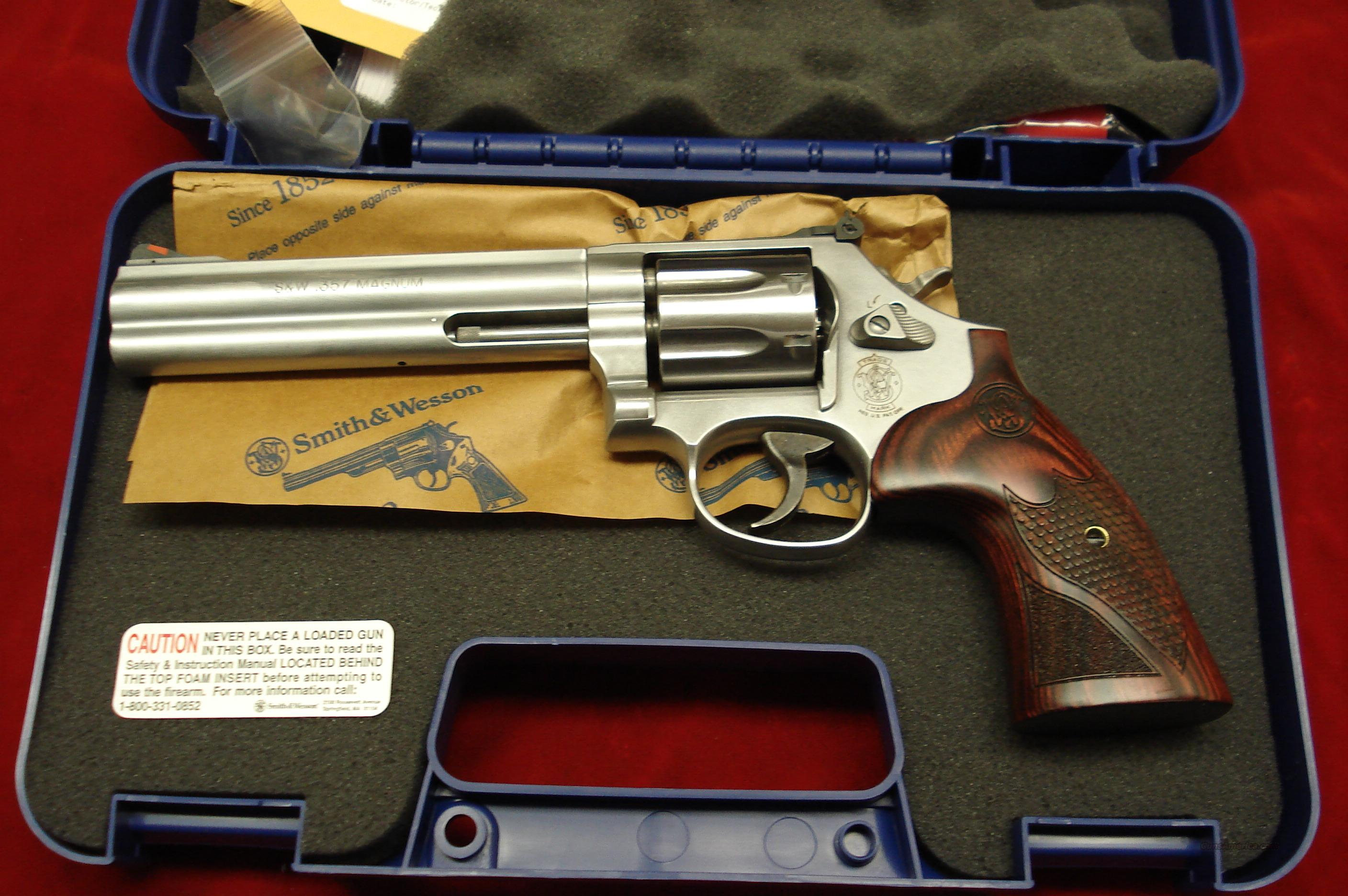 "SMITH AND WESSON MODEL 686 DELUXE 6"" 357MAG STAINLESS NEW  Guns > Pistols > Smith & Wesson Revolvers > Full Frame Revolver"