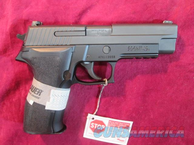 SIG SAUER P226 9MM WITH NIGHT SIGHTS NEW (E26R-9-BSS)      Guns > Pistols > Sig - Sauer/Sigarms Pistols > P226