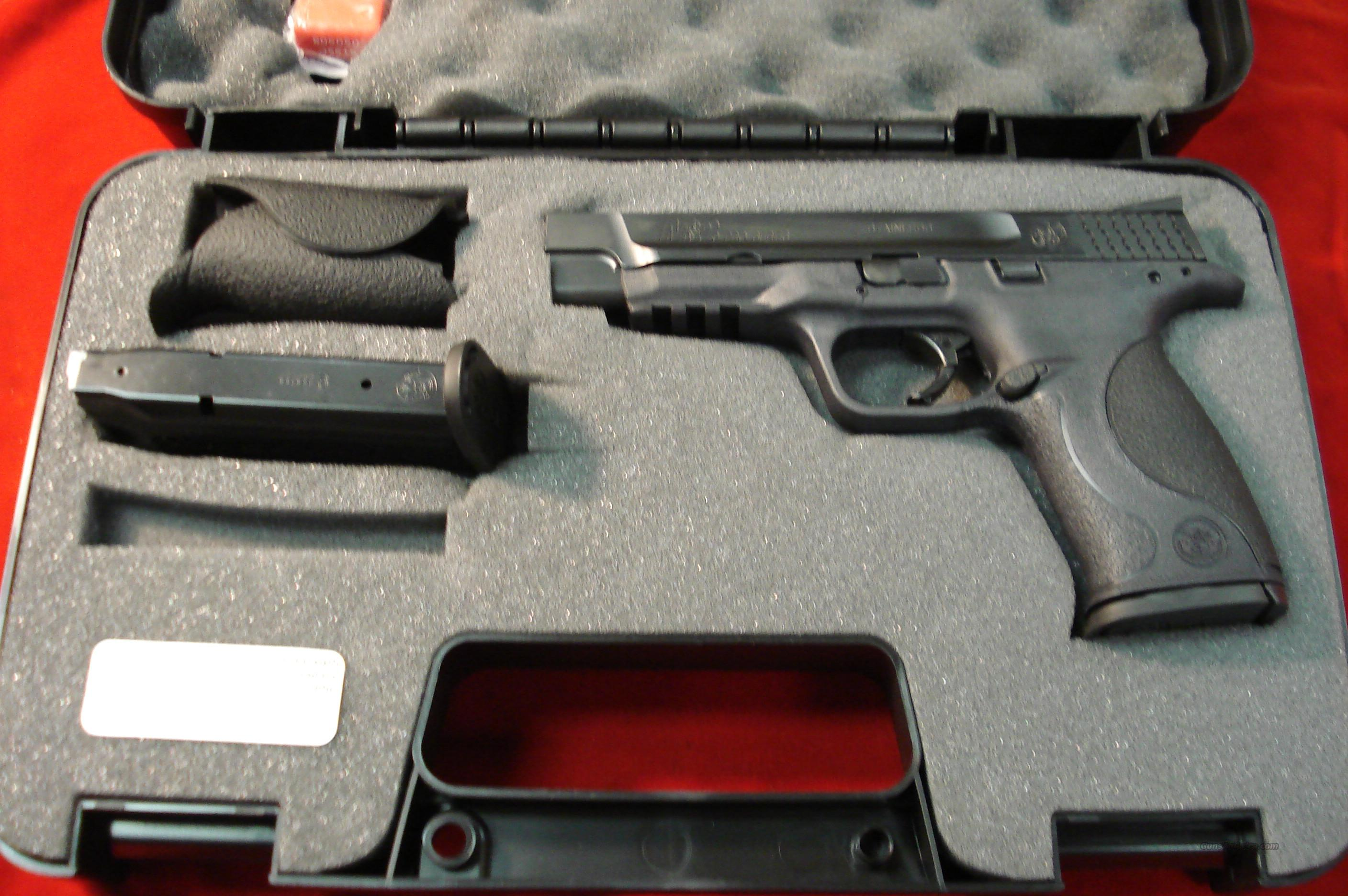 SMITH AND WESSON M&P PRO SERIES 9MM HIGH/CAP  {{ REBATE }}  Guns > Pistols > Smith & Wesson Pistols - Autos > Polymer Frame