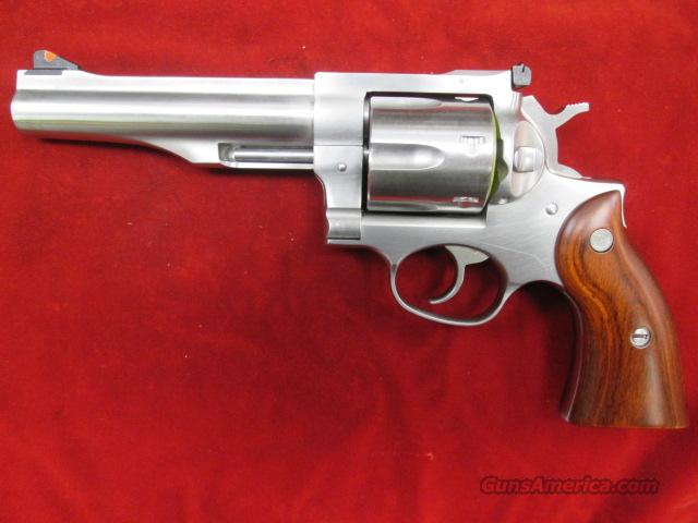 "RUGER NEW MODEL REDHAWK 44MAG. 5.5"" STAINLESS NEW (KRH-445)  (05004)    Guns > Pistols > Ruger Double Action Revolver > Redhawk Type"