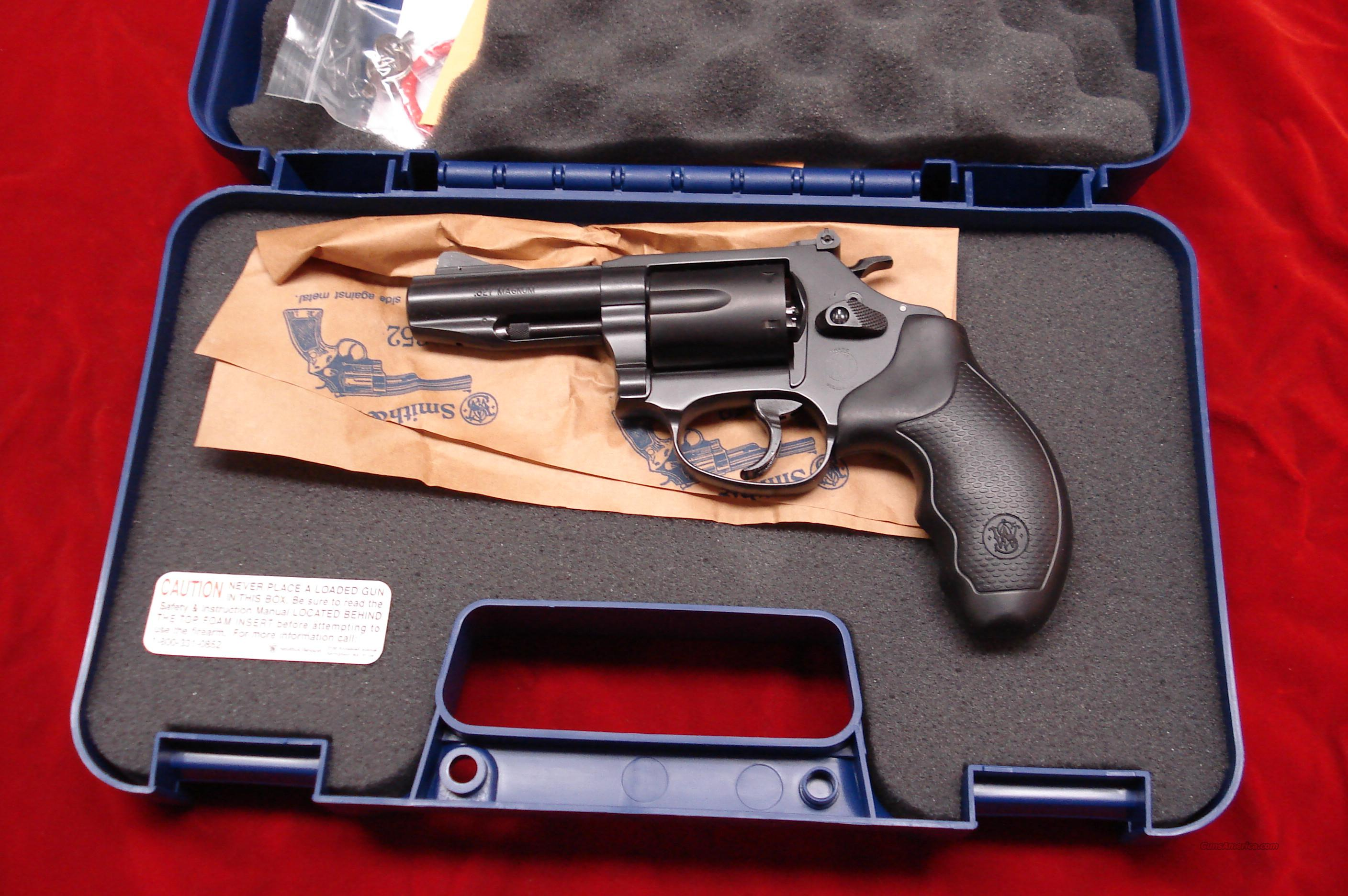 "SMITH AND WESSON MODEL 632 PRO CARRY COMP. 3"" 327FEDERAL. MAGNUM NEW   Guns > Pistols > Smith & Wesson Revolvers > Pocket Pistols"
