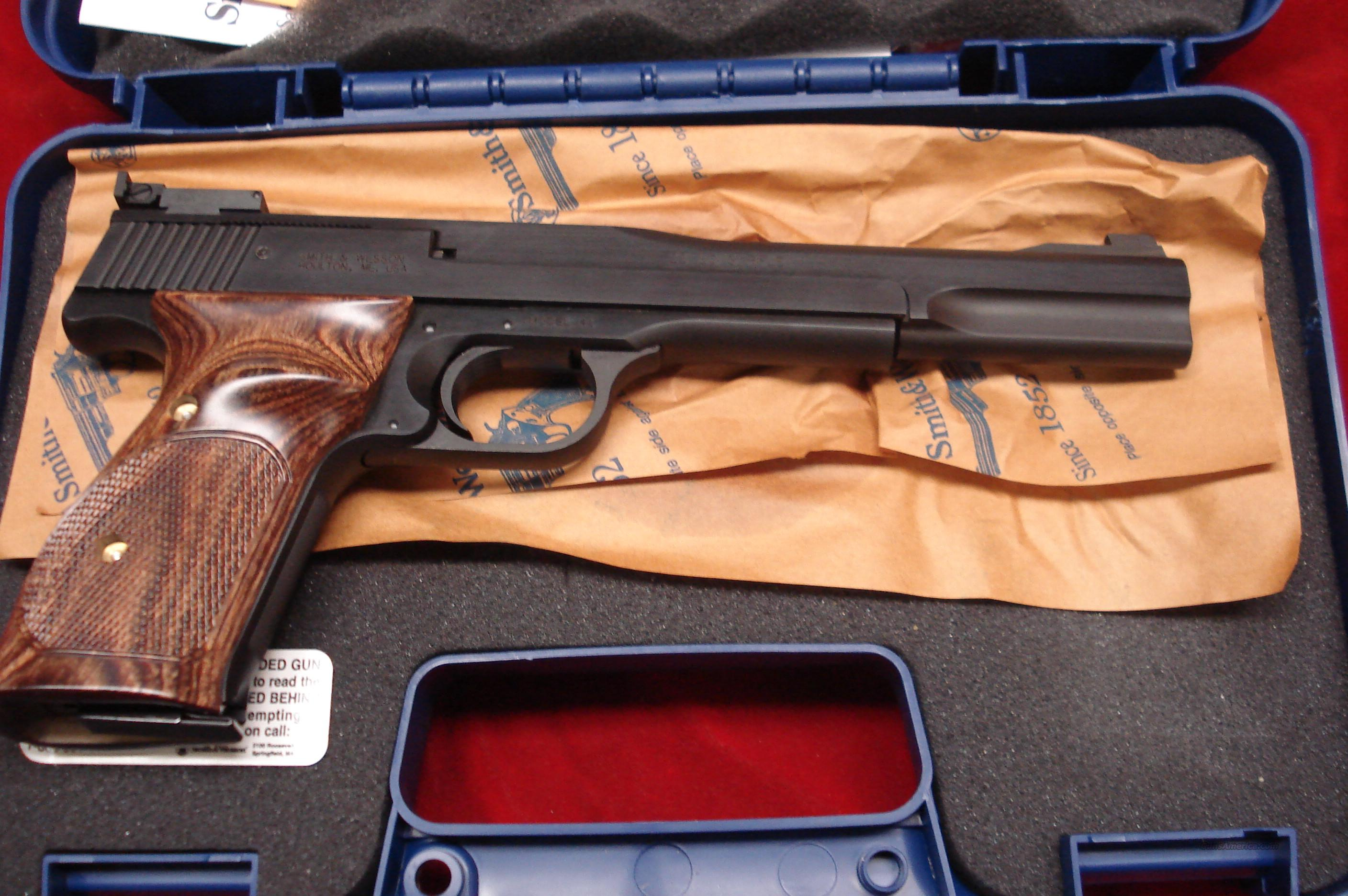 "SMITH AND WESSON MODEL 41 7"" 22CAL. NEW  Guns > Pistols > Smith & Wesson Pistols - Autos > .22 Autos"