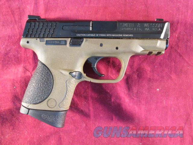 SMITH AND WESSON M&P 40C FLAT DARK EARTH FRAME NEW   (10190)   Guns > Pistols > Smith & Wesson Pistols - Autos > Polymer Frame