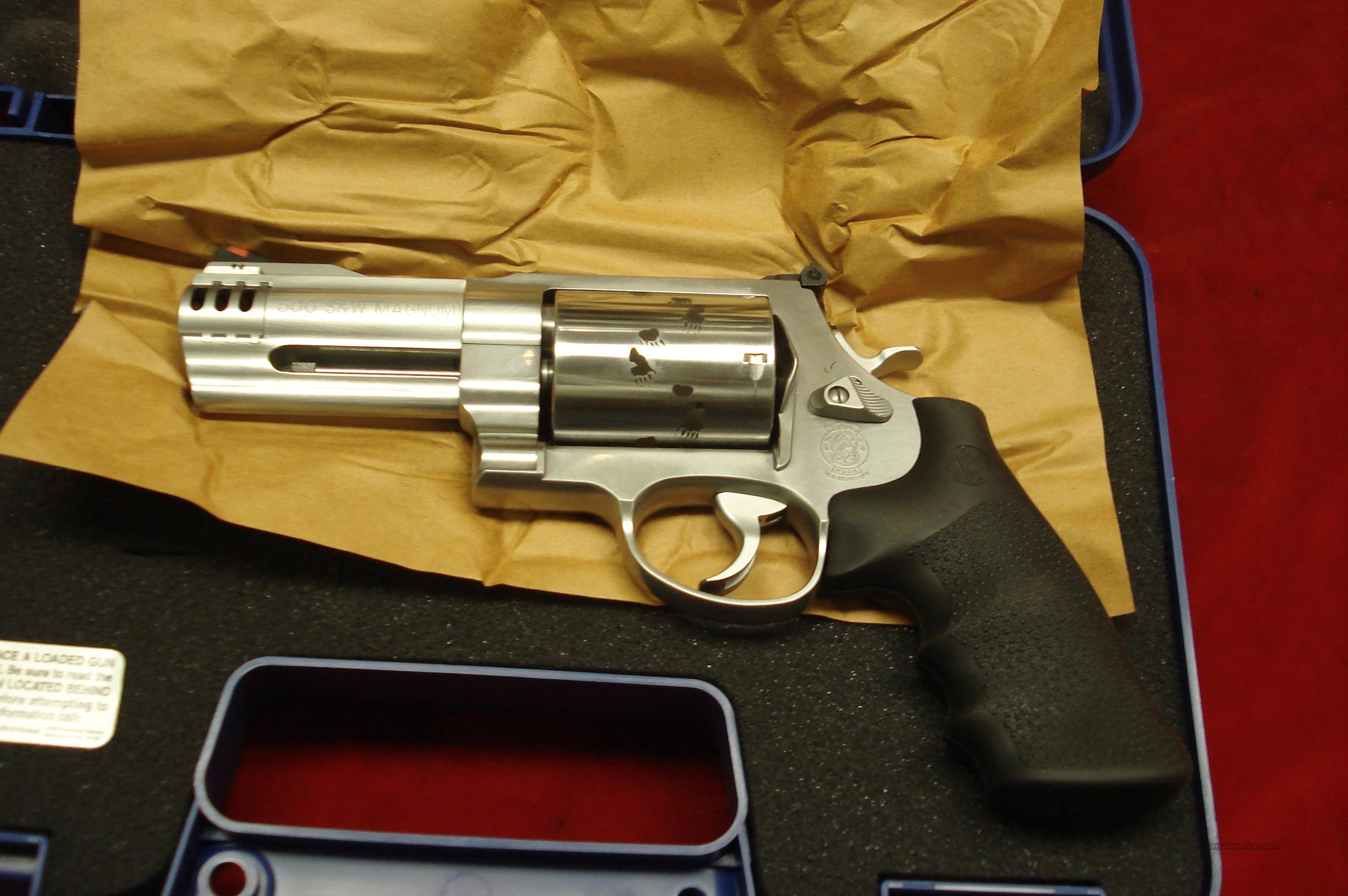 "SMITH AND WESSON MODEL 500 STAINLESS 500S&W CAL. 4"" NEW  Guns > Pistols > Smith & Wesson Revolvers > Full Frame Revolver"