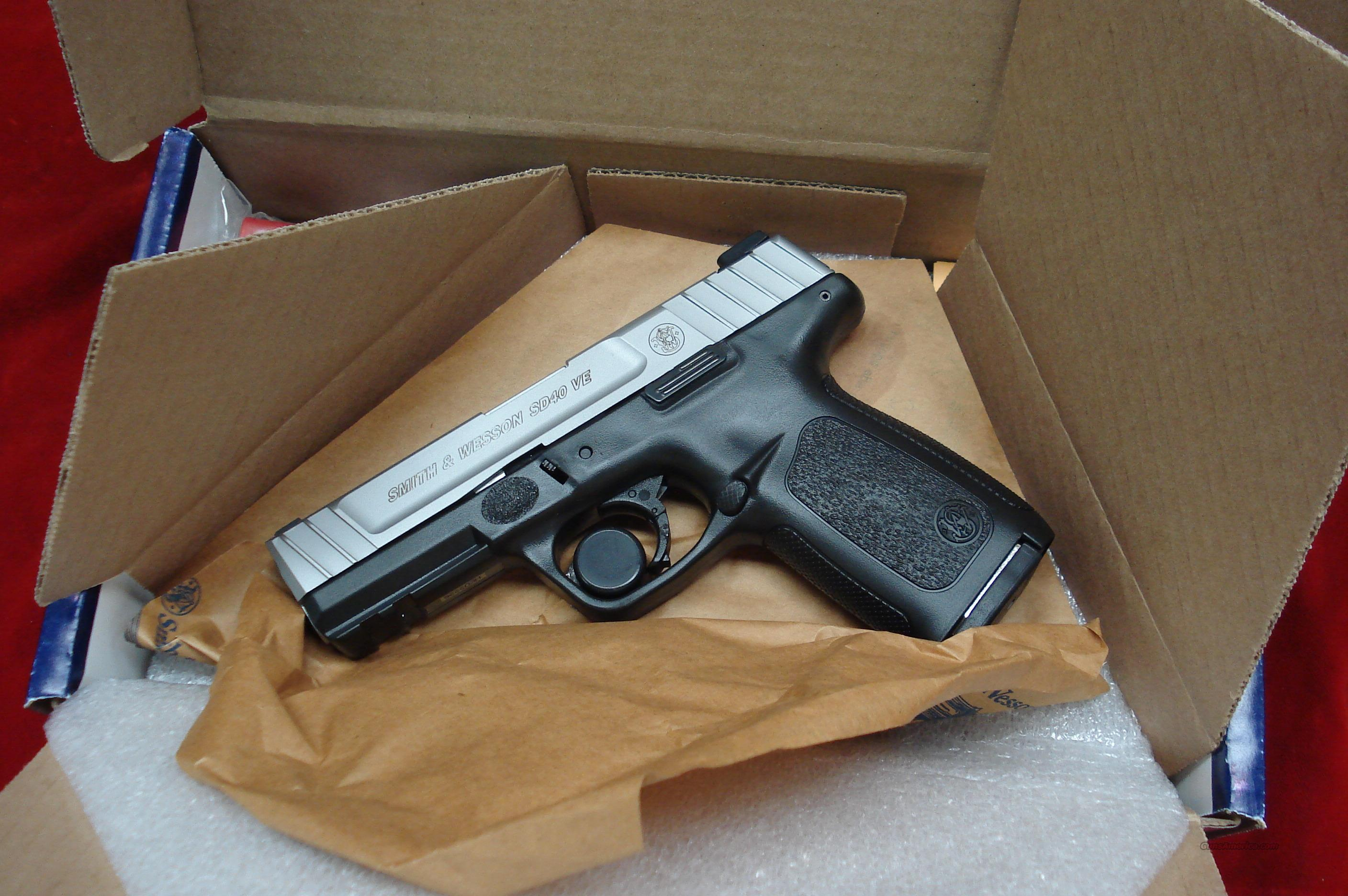 SMITH AND WESSON SD40VE (SELF DEFENSE PISTOL) 40CAL. WITH HIGH CAP. MAGAZINES  NEW  (223400)  Guns > Pistols > Smith & Wesson Pistols - Autos > Polymer Frame