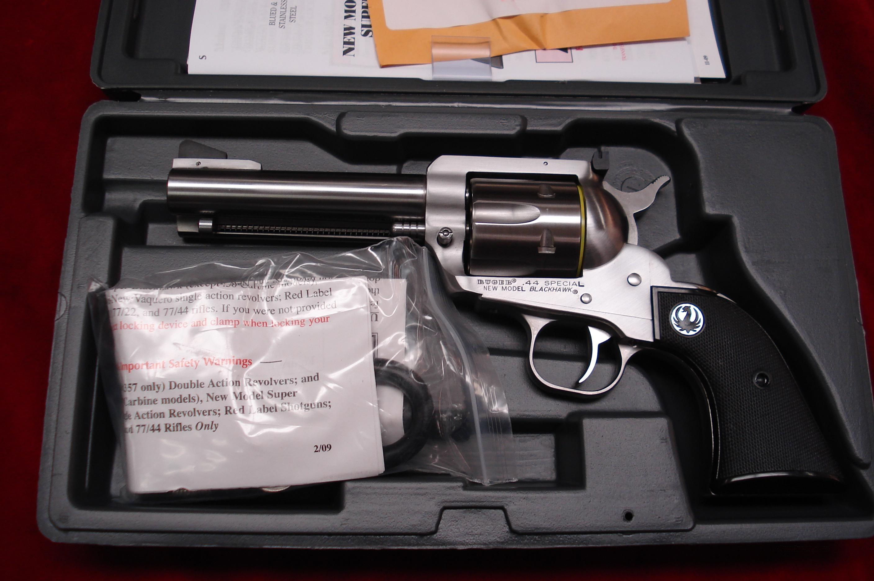"RUGER STAINLESS NEW MODEL BLACKHAWK 44 SPECIAL CAL. 4 5/8"" FLATTOP  NEW (KNVB-444-SPCL)  Guns > Pistols > Ruger Single Action Revolvers > Blackhawk Type"