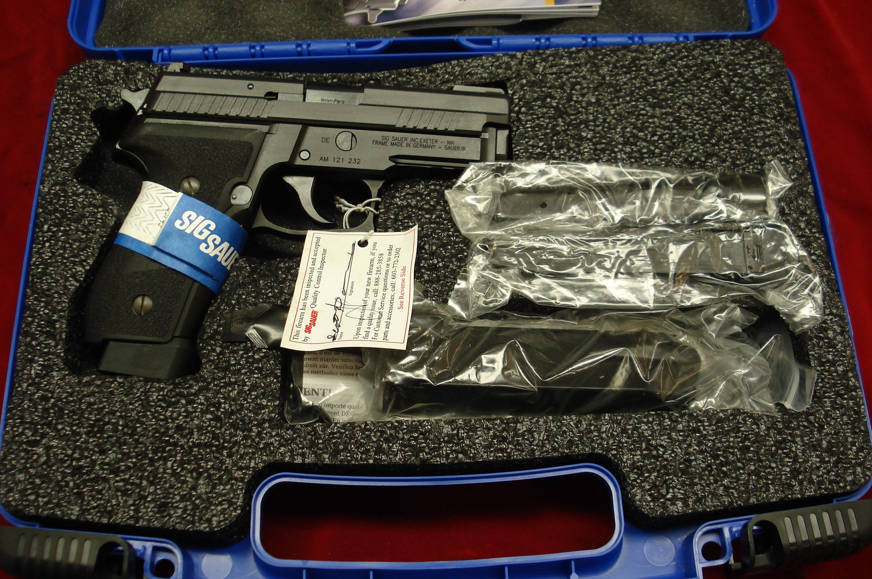 SIG SAUER P229 W/FOUR 18 ROUND MAGS. 9MM WITH NIGHT SIGHTS NEW  Guns > Pistols > Sig - Sauer/Sigarms Pistols > P229