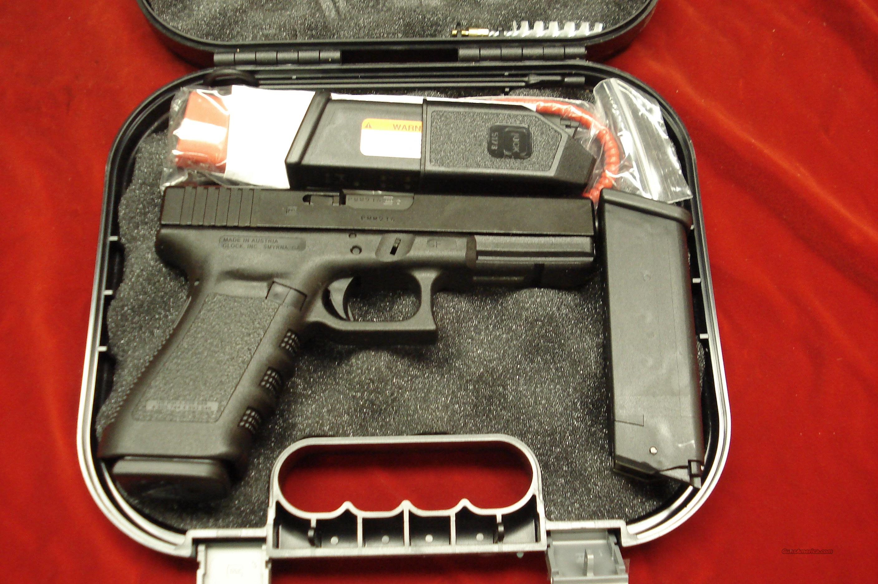 GLOCK MODEL 21SF (SLIM FRAME) 45ACP FACTORY NIGHT SIGHTS AND 3 HIGH CAPACITY MAGAZINES NEW   Guns > Pistols > Glock Pistols > 20/21