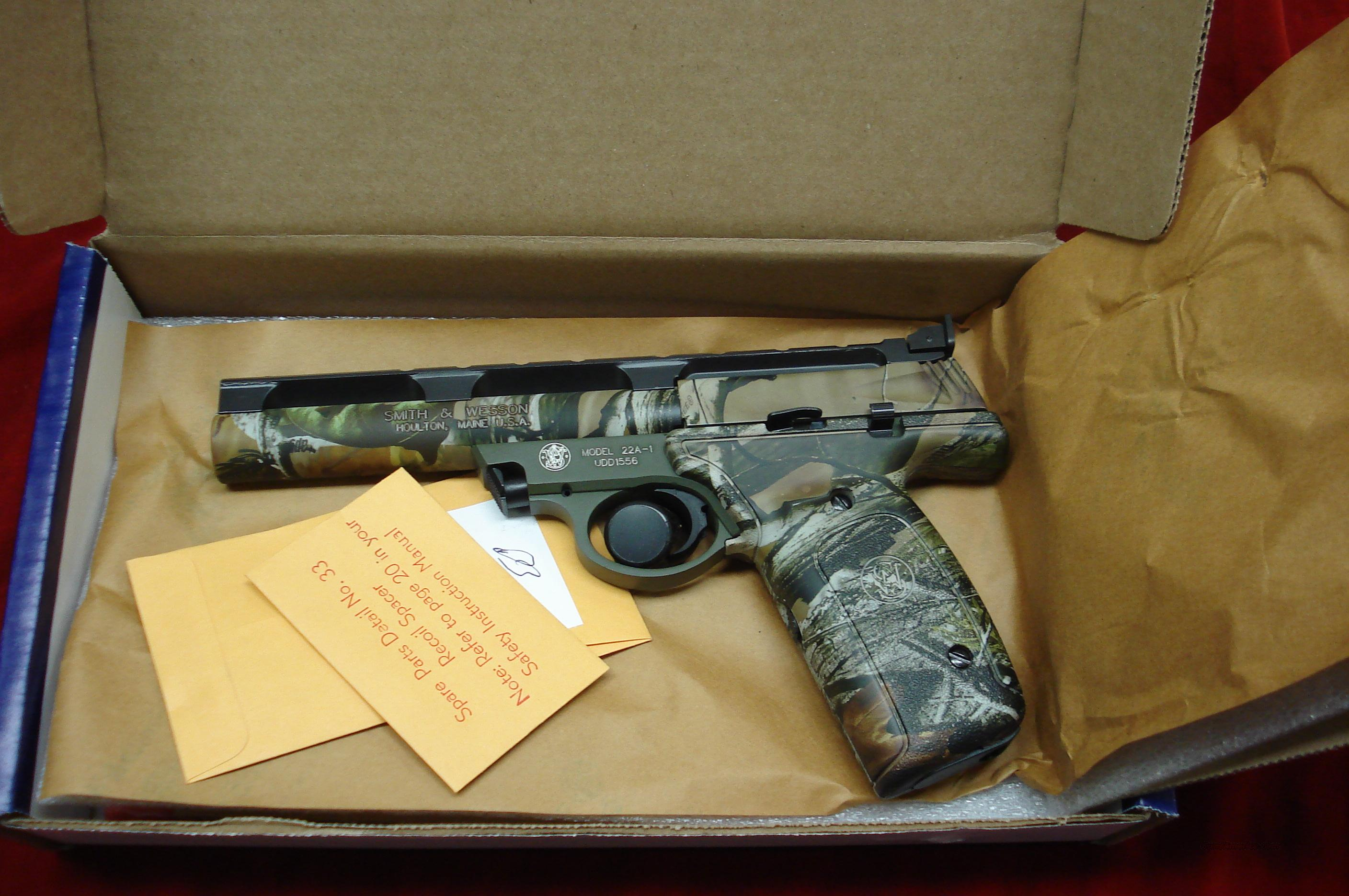 "SMITH AND WESSON 22A REALTREE CAMO 22LR. 5.5"" BULL BARREL  NEW  Guns > Pistols > Smith & Wesson Pistols - Autos > .22 Autos"