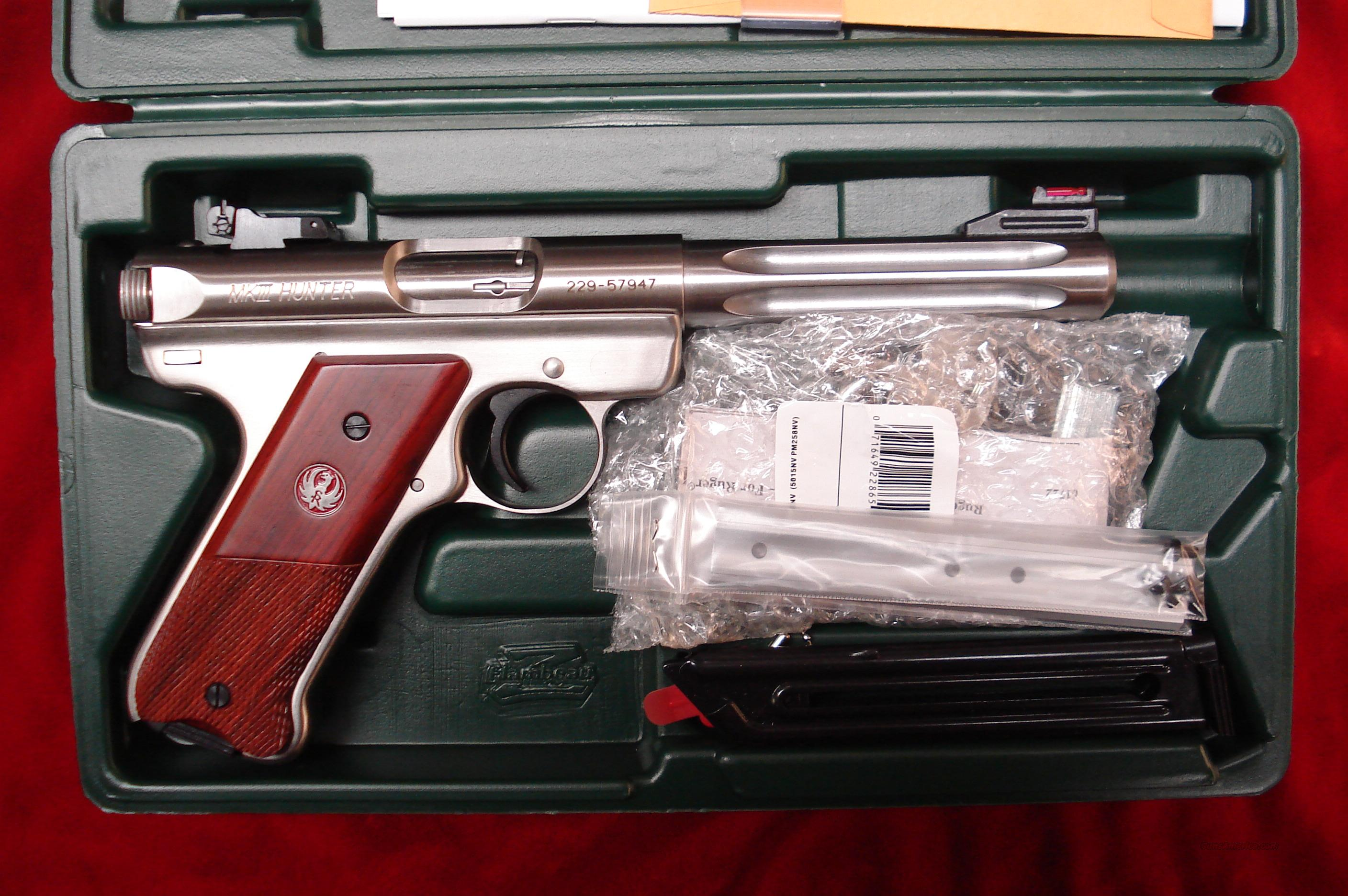 "RUGER MKIII HUNTER 5.5"" STAINLESS FLUTED 22CAL. NEW  Guns > Pistols > Ruger Semi-Auto Pistols > Mark I & II Family"