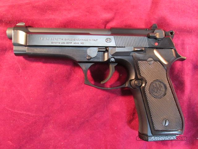 BERETTA NEW ITALIAN 92FS 9MM CAL. HIGH CAPACITY LNIB   Guns > Pistols > Beretta Pistols > Model 92 Series