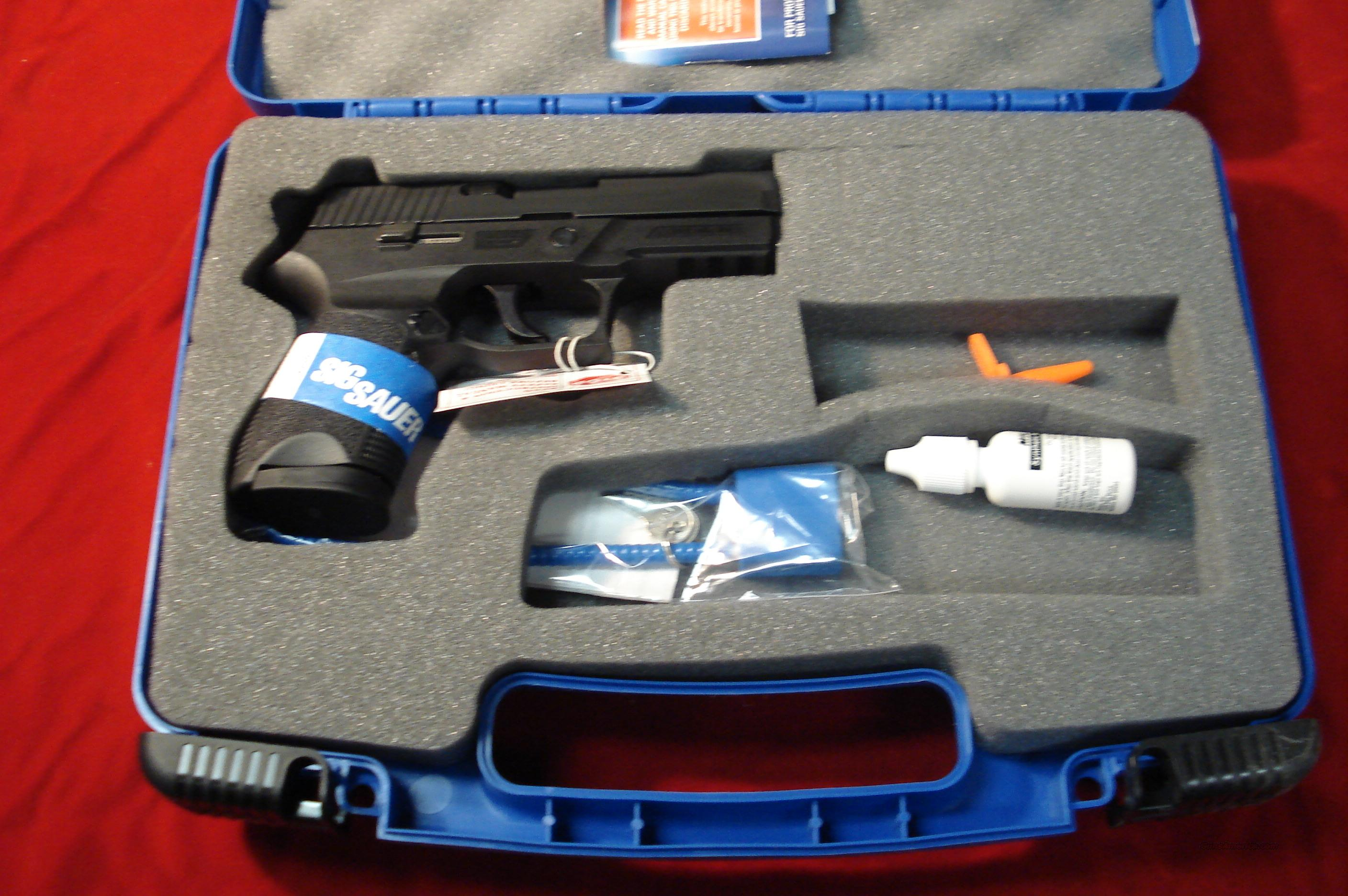 SIG P250 9MM COMPACT W/NIGHT SIGHTS NEW  Guns > Pistols > Sig - Sauer/Sigarms Pistols > P250