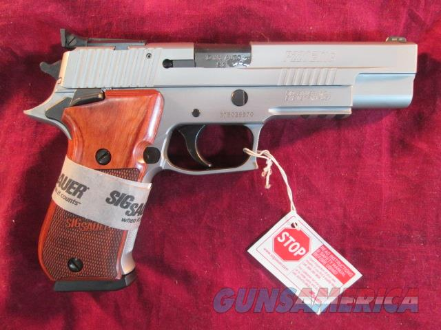 SIG SAUER P220 R5 STAINLESS ELITE 10MM W/ ADJUSTABLE SIGHTS NEW  Guns > Pistols > Sig - Sauer/Sigarms Pistols > P220
