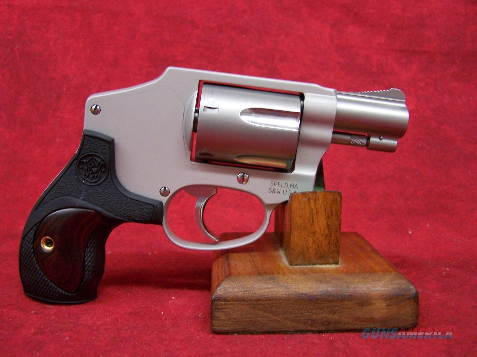 """Smith & Wesson 642 38 S&W 1.875"""" ALUM FRAME SYN W/ WOOD (10186)  Guns > Pistols > Smith & Wesson Revolvers > Performance Center"""