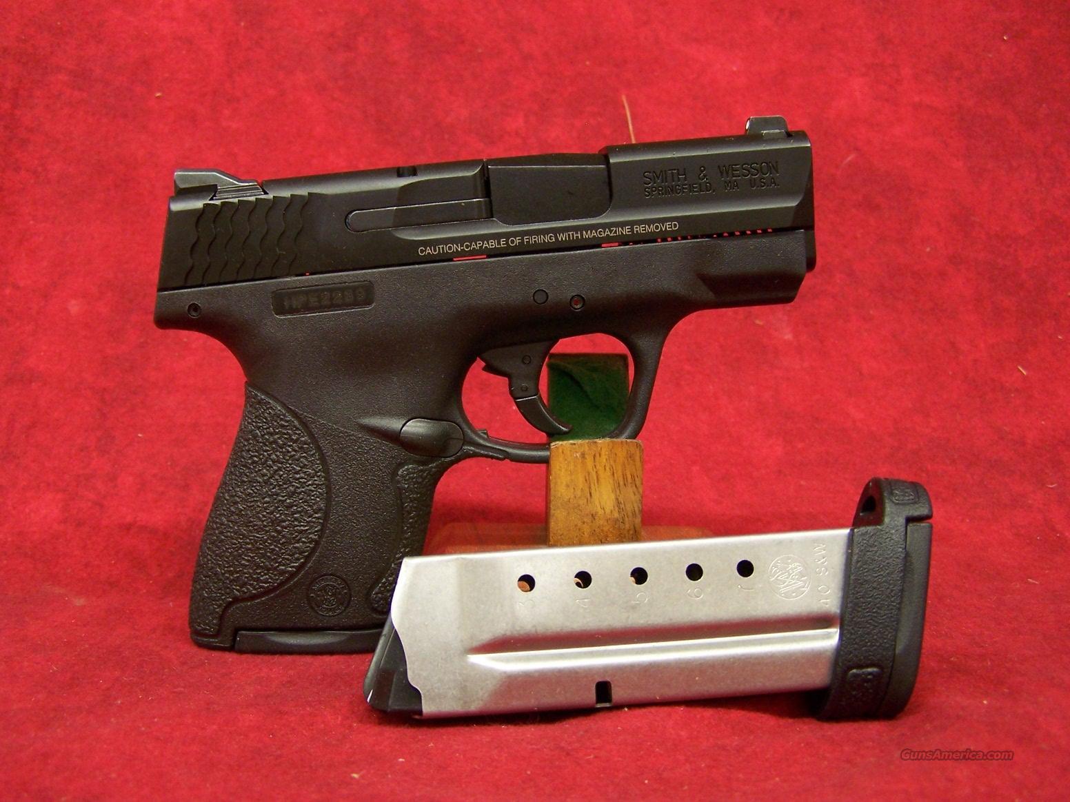 Smith & Wesson M&P Shield .40 S&W (180020)  Guns > Pistols > Smith & Wesson Pistols - Autos > Shield