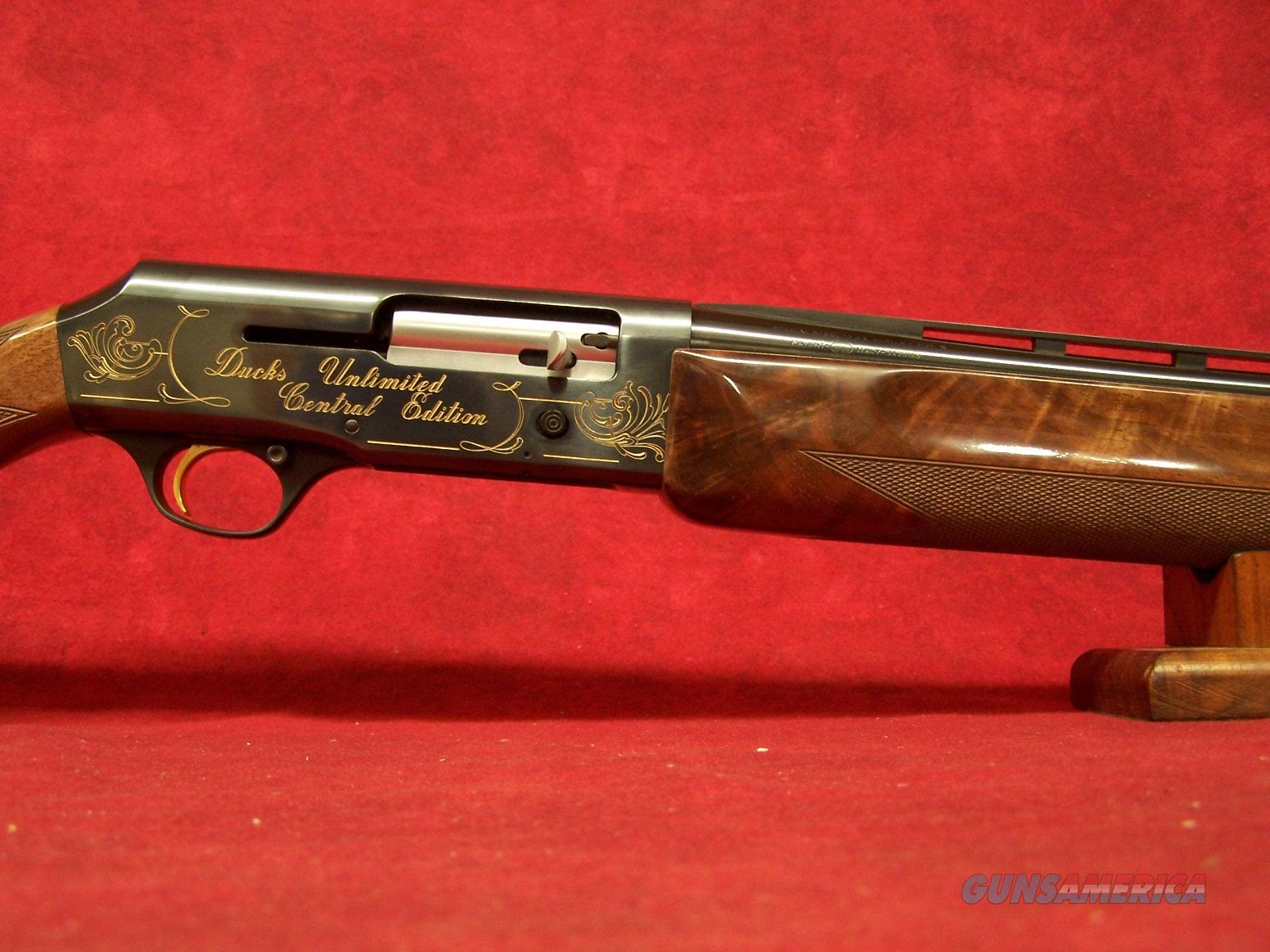 "Browning B-80 Ducks Unlimited 12ga 1983 Central Edition ""The Plains"" 30"" Full  Guns > Shotguns > Browning Shotguns > Autoloaders > Hunting"