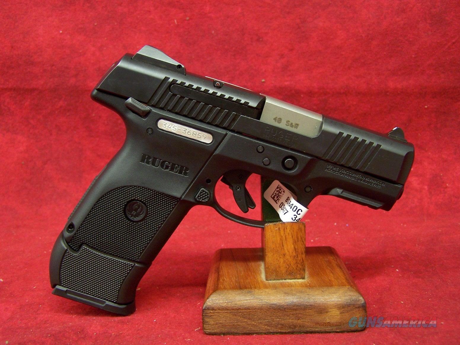 Ruger SR40C Compact .40 Smith & Wesson 3.5 Inch Barrel (03477)  Guns > Pistols > Ruger Semi-Auto Pistols > SR Family > SR40C