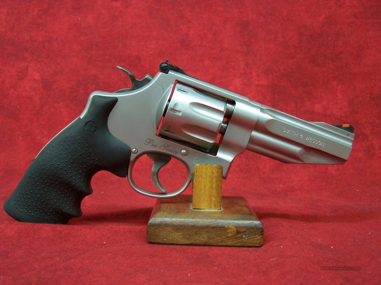 Smith & Wesson Model 627 Pro Series .357 Magnum 4 Inch Barrel (178014)  Guns > Pistols > Smith & Wesson Revolvers > Full Frame Revolver