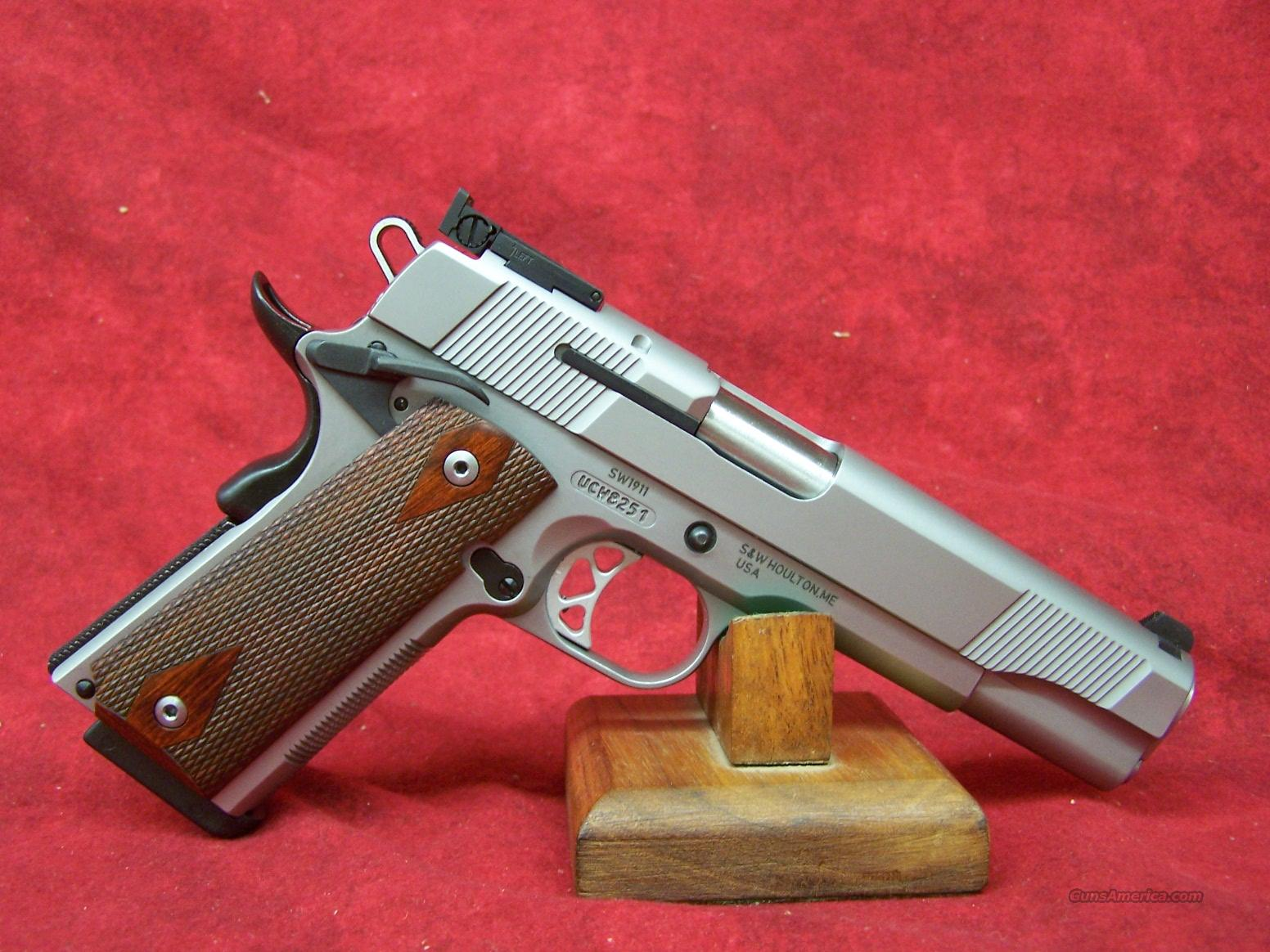 "Smith & Wesson 1911 5"" SS .45 ACP (108284)  Guns > Pistols > Smith & Wesson Pistols - Autos > Steel Frame"