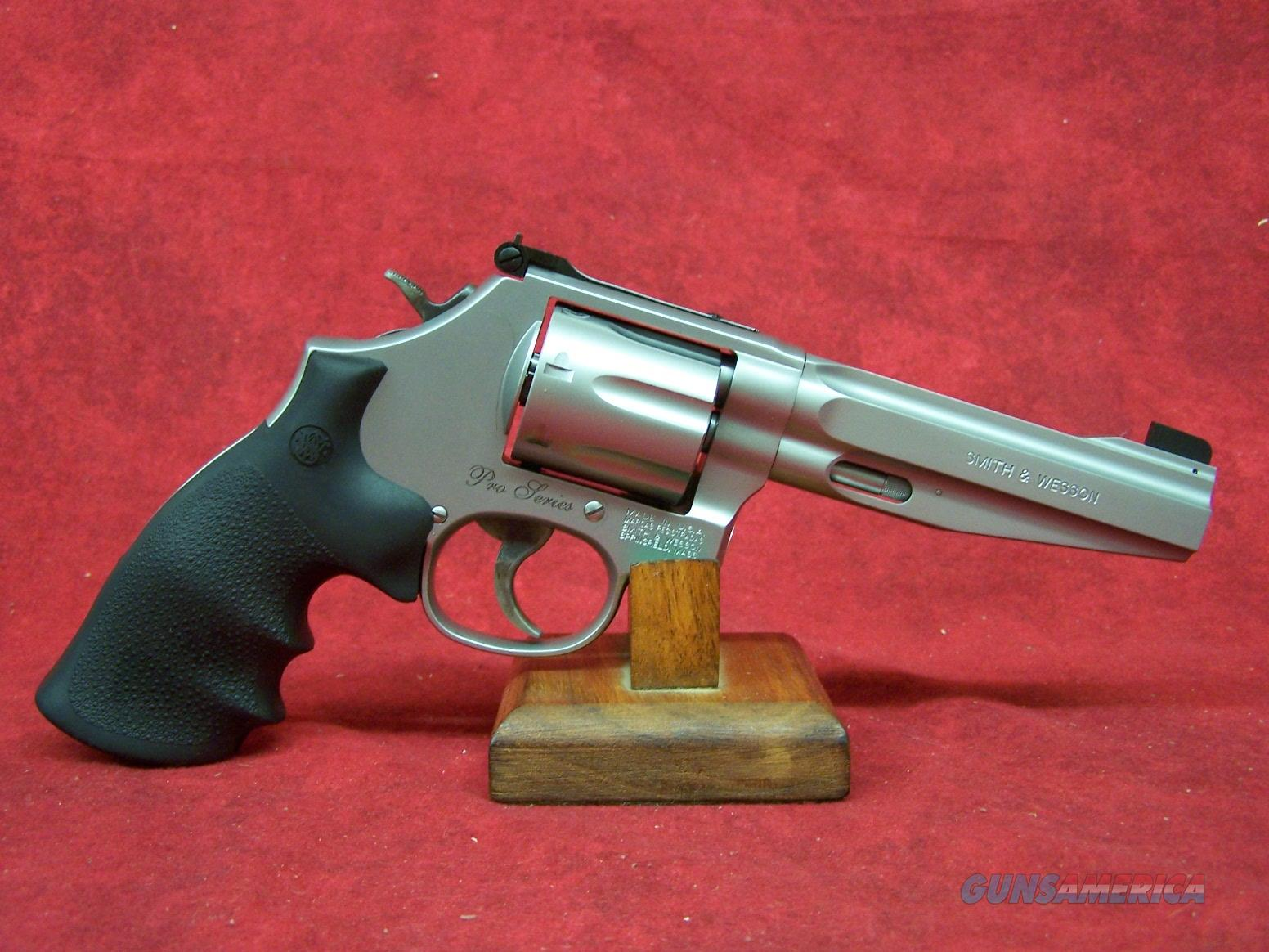 """Smith & Wesson 686+ 357 MAG 5"""" 7RD SS PRO SERIES FULL MOON CLIP (178038)  Guns > Pistols > Smith & Wesson Revolvers > Full Frame Revolver"""
