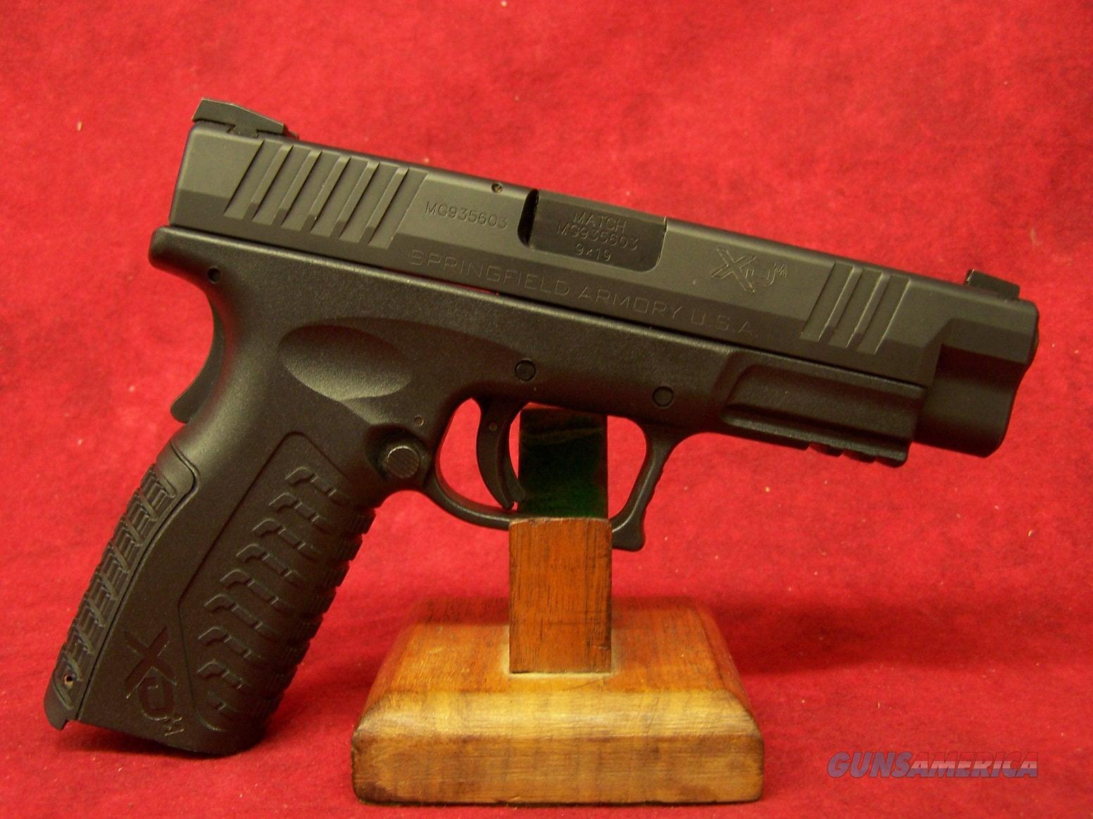 "Springfield XDm 9mm 4.5"" Barrel (XDM9201HCSP)  Guns > Pistols > Springfield Armory Pistols > XD-M"