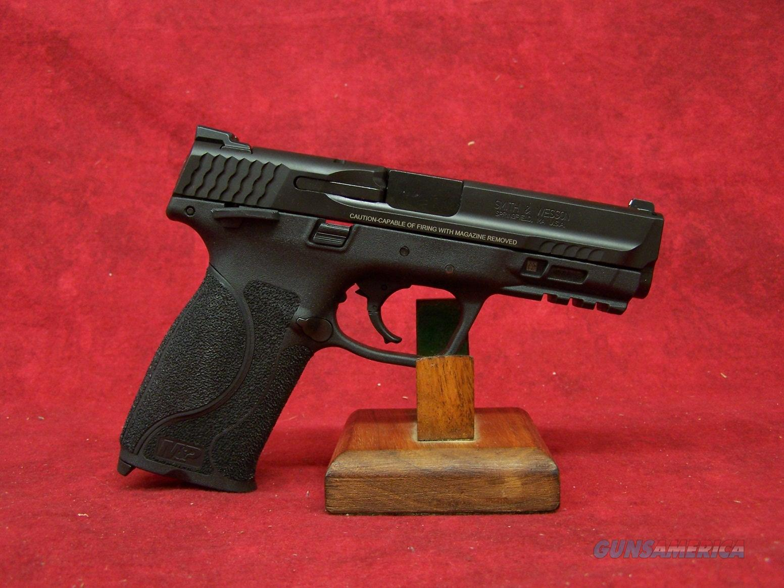 Smith & Wesson M&P9 M2.0 Striker Fire 9mm 4.25 Inch Barrel (11524)  Guns > Pistols > Smith & Wesson Pistols - Autos > Polymer Frame
