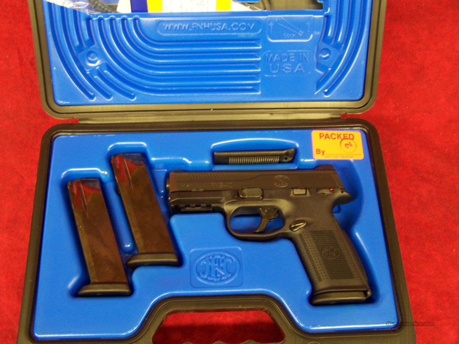 FNH FNS-40 Black 40 S&W (66942)  Guns > Pistols > FNH - Fabrique Nationale (FN) Pistols > FNP