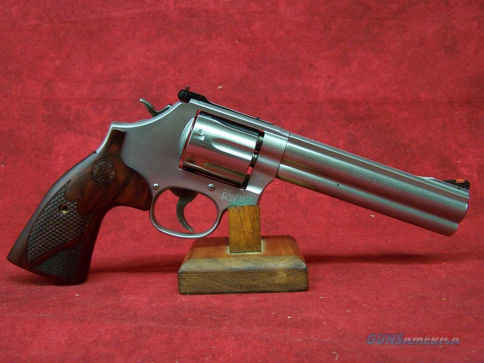 Smith & Wesson Model 686 Plus Deluxe .357 Magnum/.38 Smith & Wesson Special +P 6 Inch Barrel (150712)  Guns > Pistols > Smith & Wesson Revolvers > Full Frame Revolver