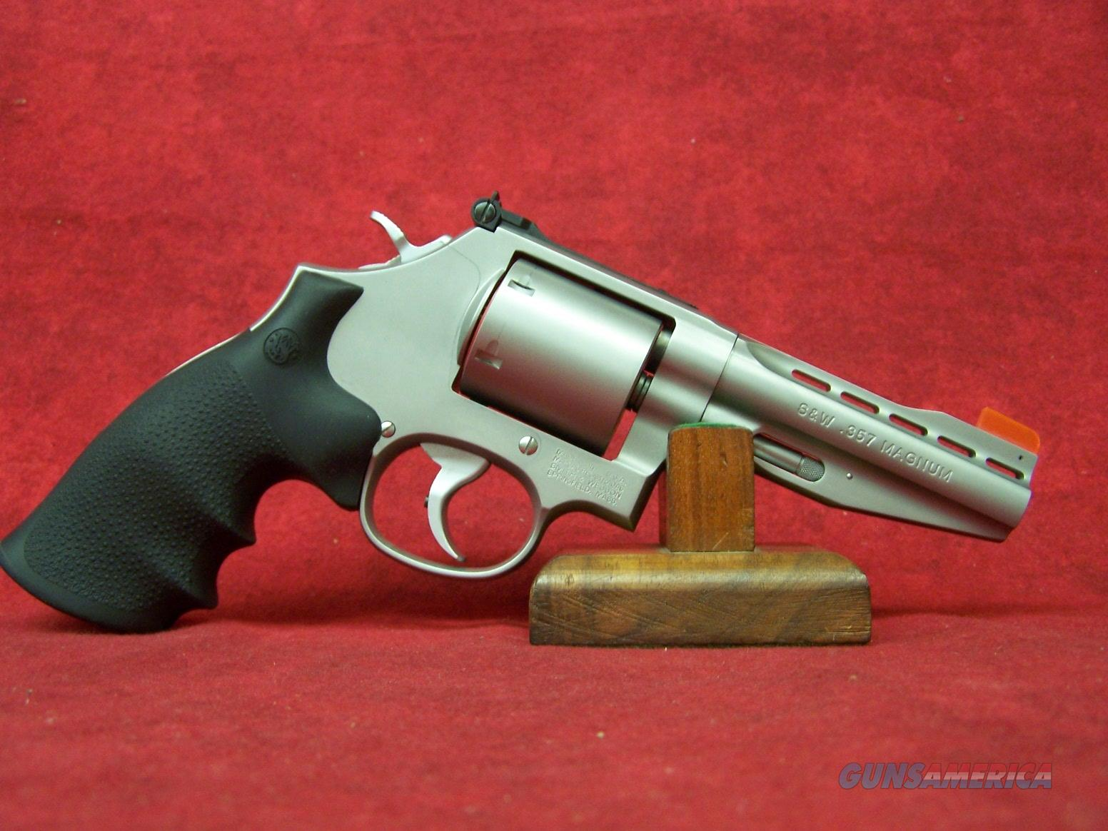 """Smith & Wesson 686 .357 Mag 4"""" Barrel Performance Center Speed Release Thumbpiece (11759)  Guns > Pistols > Smith & Wesson Revolvers > Performance Center"""