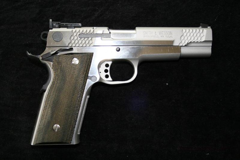 Smith & Wesson Model 945 45ACP PC  Guns > Pistols > Smith & Wesson Pistols - Autos > Steel Frame