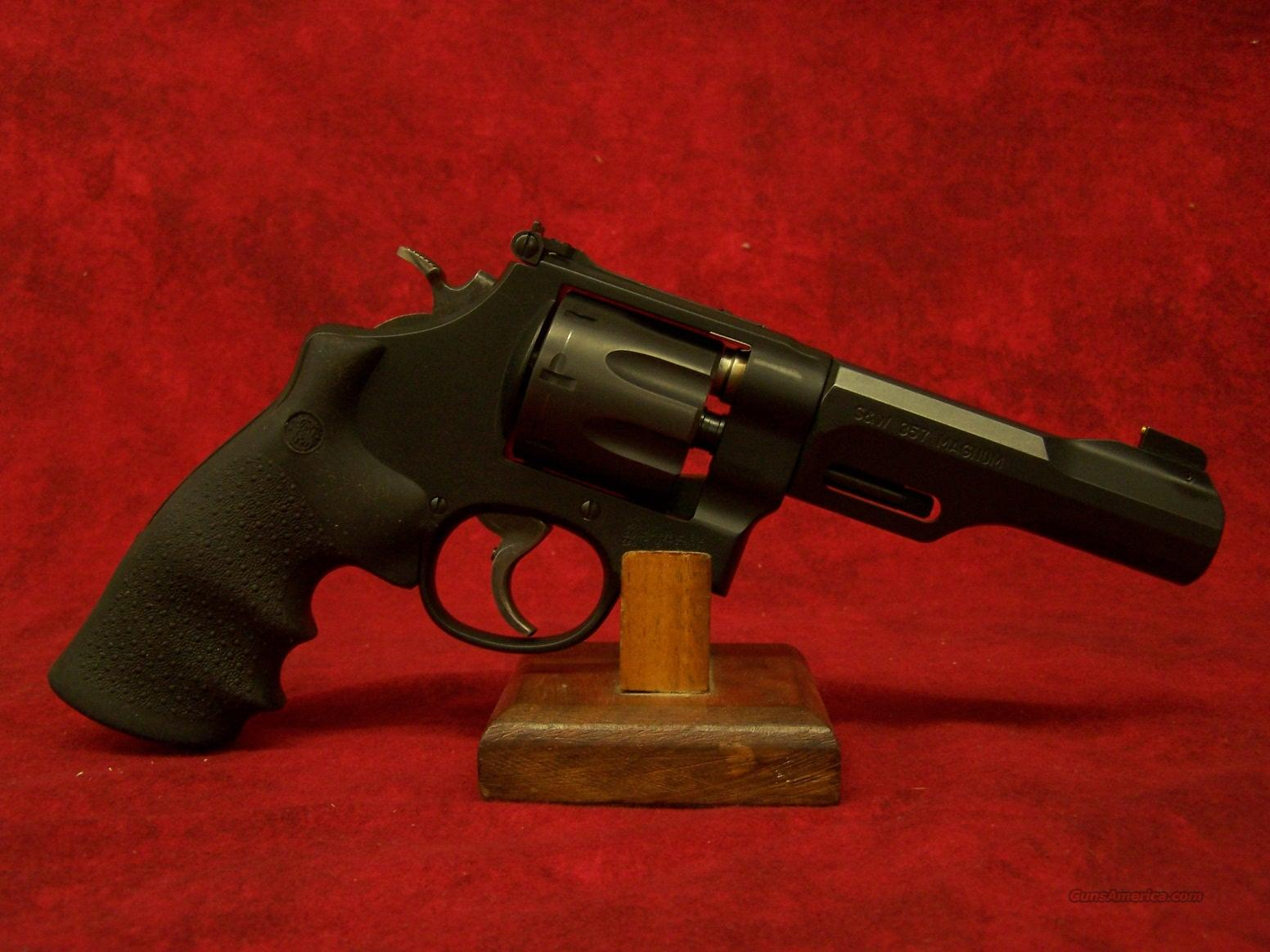 Smith & Wesson 327 TRR8 .357 mag  Guns > Pistols > Smith & Wesson Revolvers > Performance Center