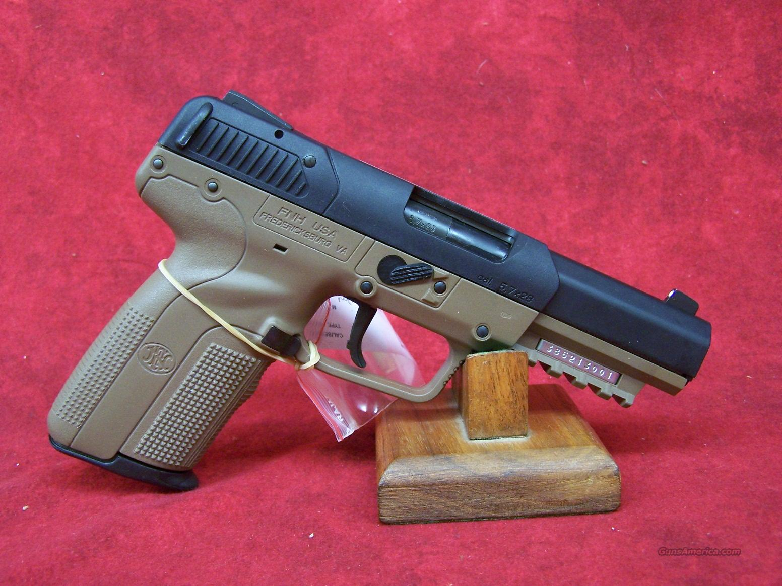 "FNH Five-Seven 5.7 x 28mm FDE 4 3/4"" Fixed 3-Dot sights 3-20 round mags (3868929232)  Guns > Pistols > FNH - Fabrique Nationale (FN) Pistols > FiveSeven"