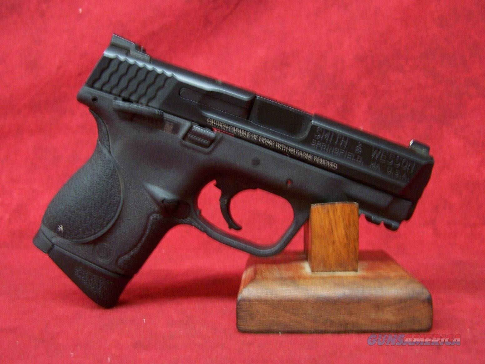 """Smith and Wesson M&P 9C Thumb Safety 9mm 3.5"""" Barrel (306704)  Guns > Pistols > Smith & Wesson Pistols - Autos > Polymer Frame"""