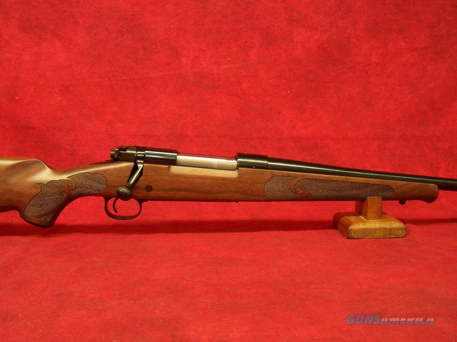 "Winchester Model 70 Featherweight .264 Winchester Magnum 24""  (535200229)  Guns > Rifles > Winchester Rifles - Modern Bolt/Auto/Single > Model 70 > Post-64"