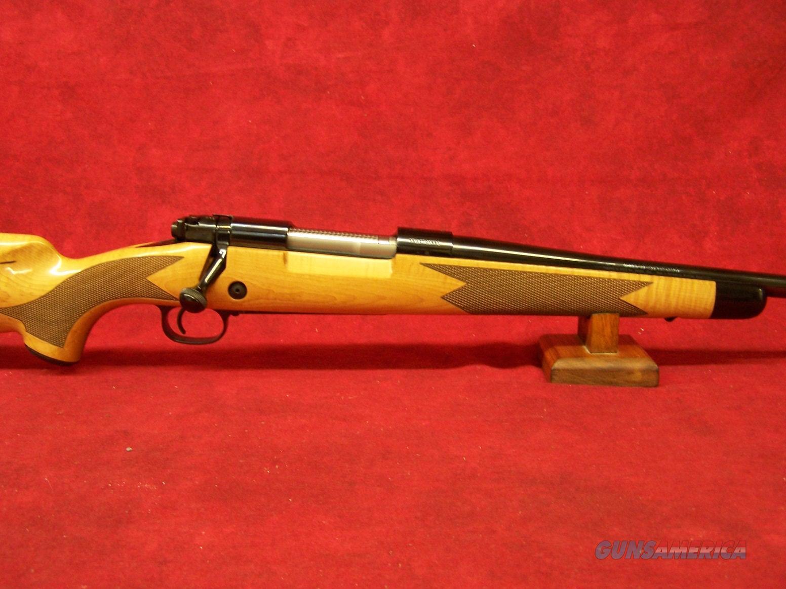 "Winchester Model 70 Super Grade Maple .300 Win Mag 26"" Polished Blue Finish (535218233)  Guns > Rifles > Winchester Rifles - Modern Bolt/Auto/Single > Model 70 > Post-64"