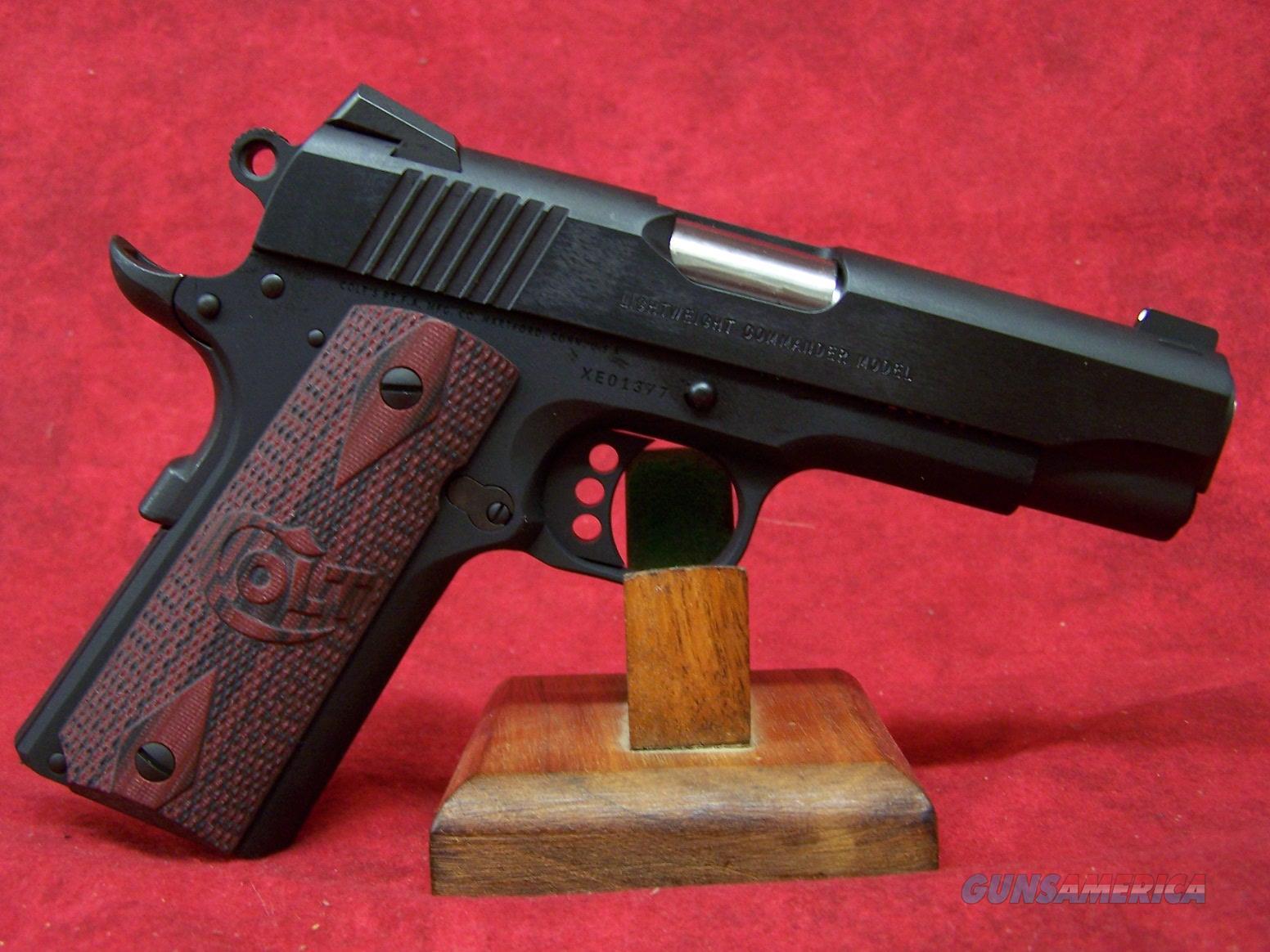 Colt Lightweight Commander .45 ACP 4.25 Inch Barrel Blue Finish Carbon Steel Slide (04840XE)  Guns > Pistols > Colt Automatic Pistols (1911 & Var)