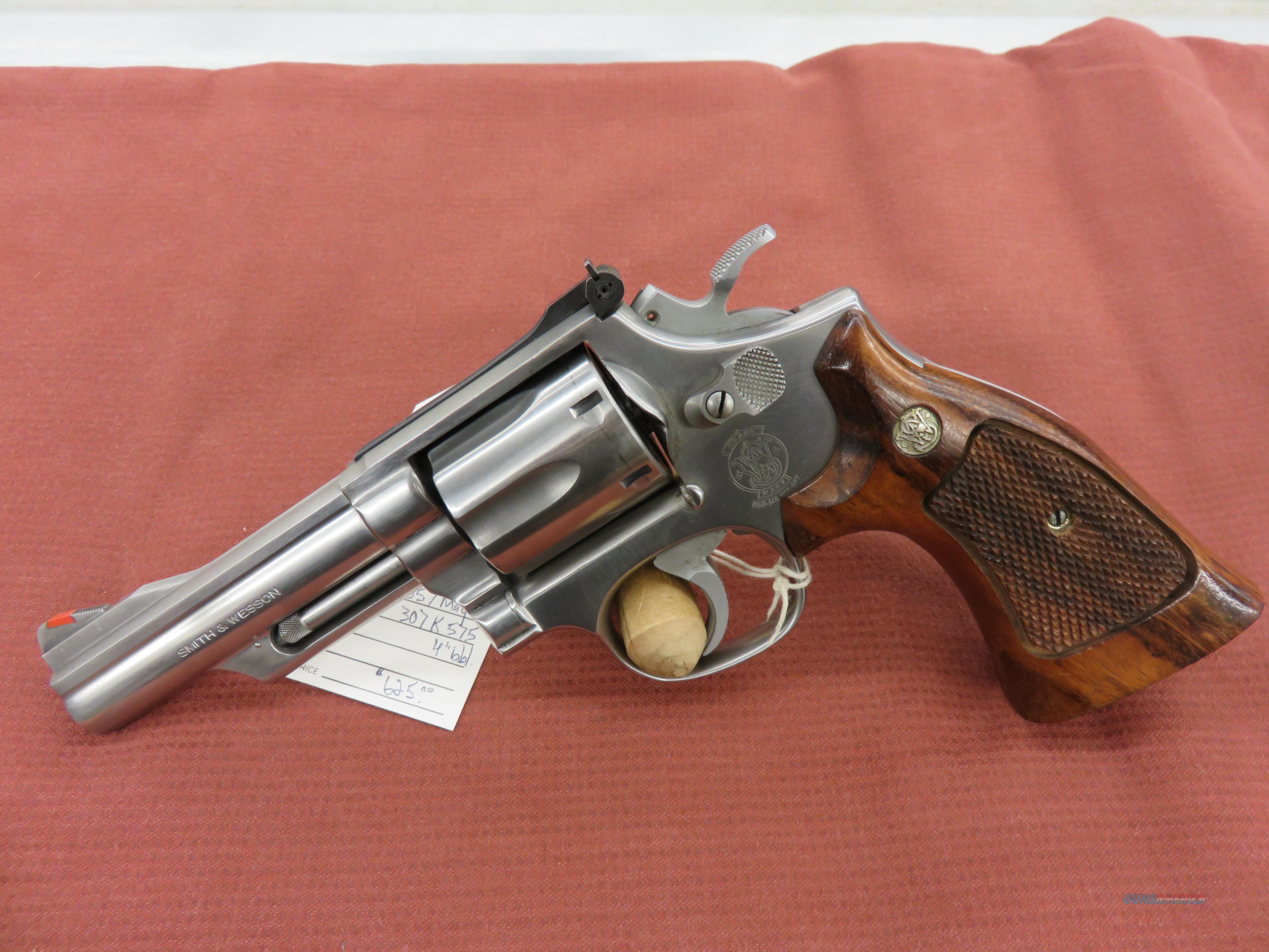 Smith & Wesson 66-2  Guns > Pistols > Smith & Wesson Revolvers > Med. Frame ( K/L )