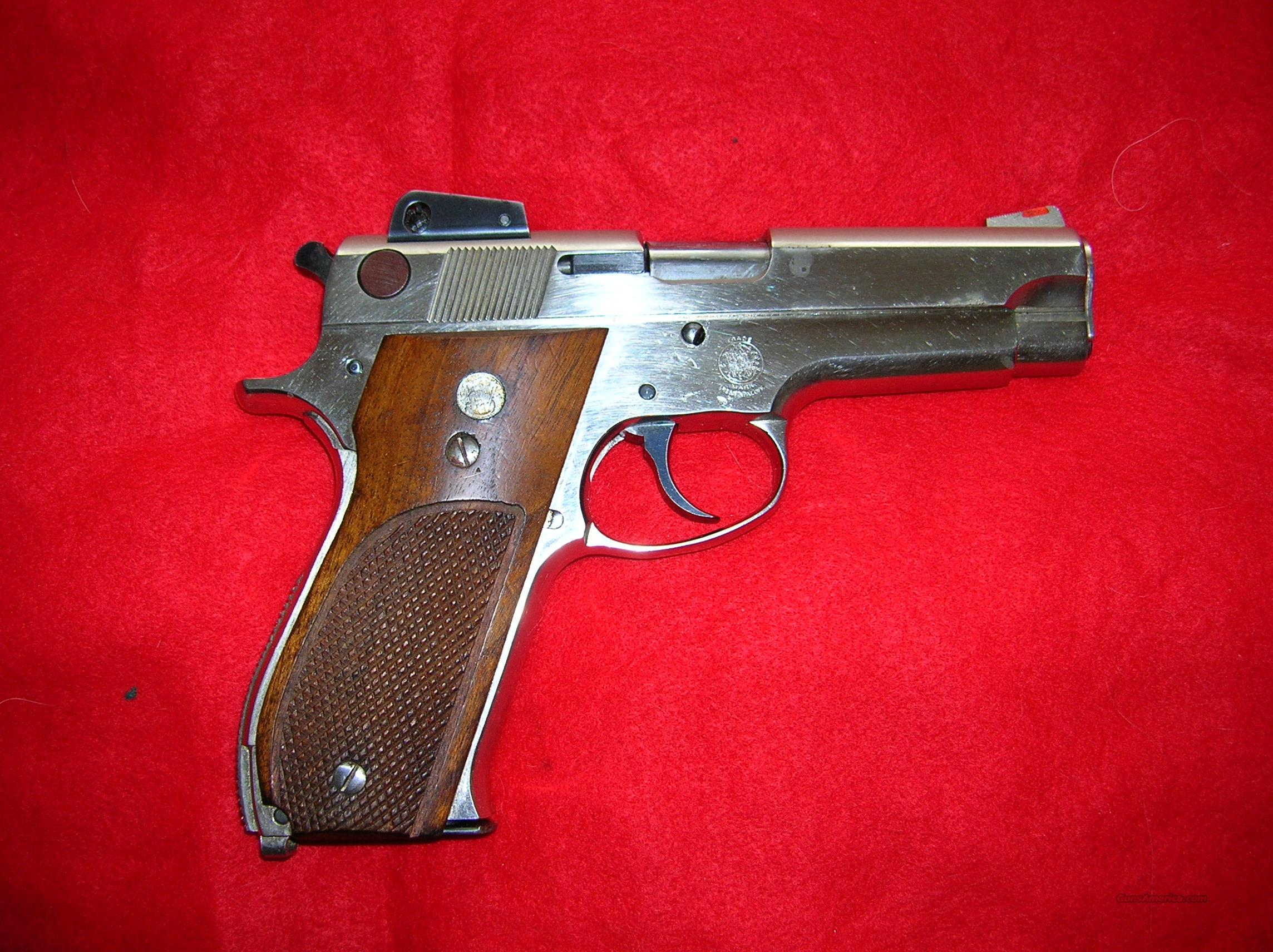 Smith & Wesson Model 539  9mm  Guns > Pistols > Smith & Wesson Pistols - Autos > Steel Frame