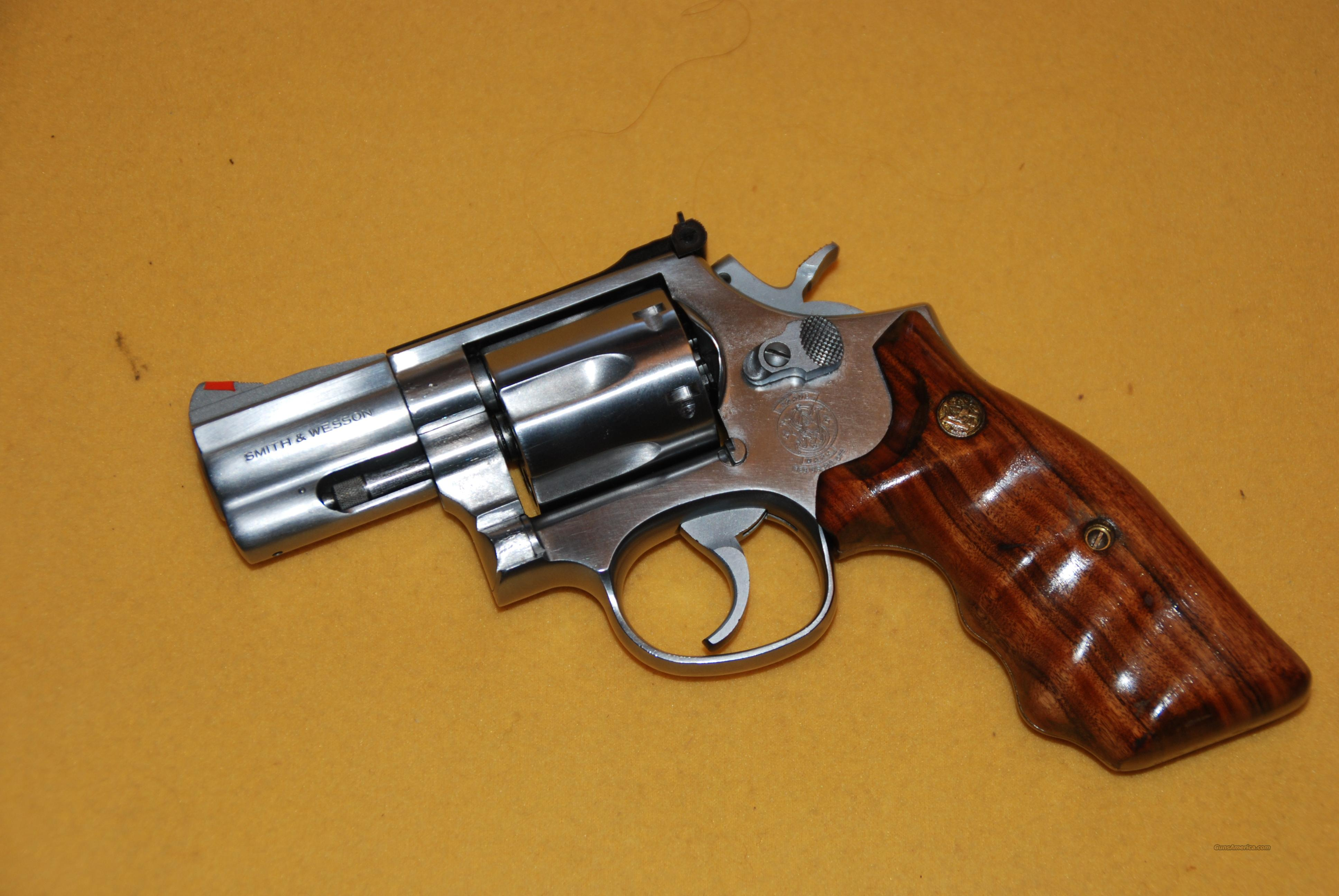 "Smith & Wesson Model 686-3  2 1'2"" Stainless 357 Magnum  Guns > Pistols > Smith & Wesson Revolvers > Full Frame Revolver"